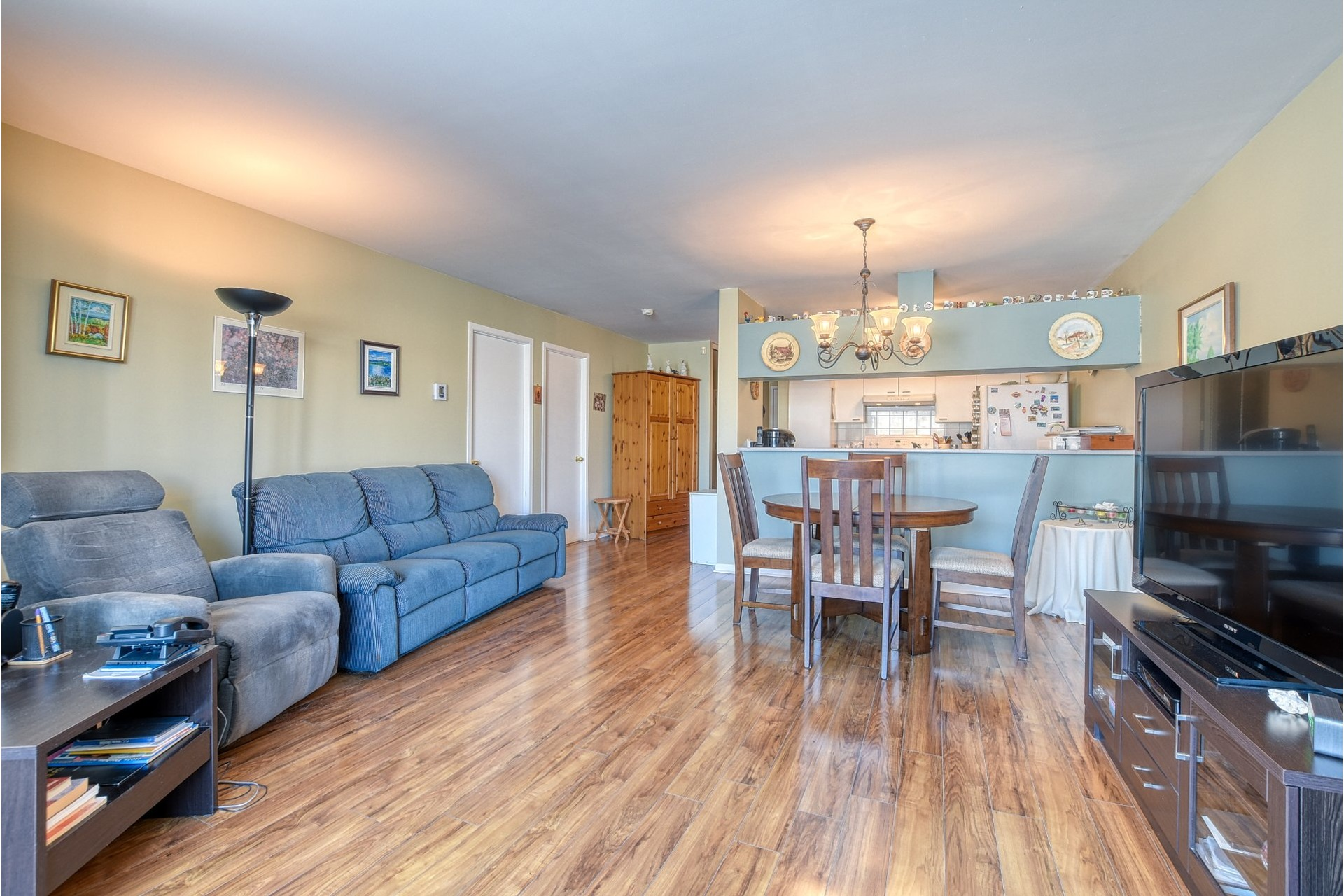 image 2 - Apartment For sale Fabreville Laval  - 5 rooms