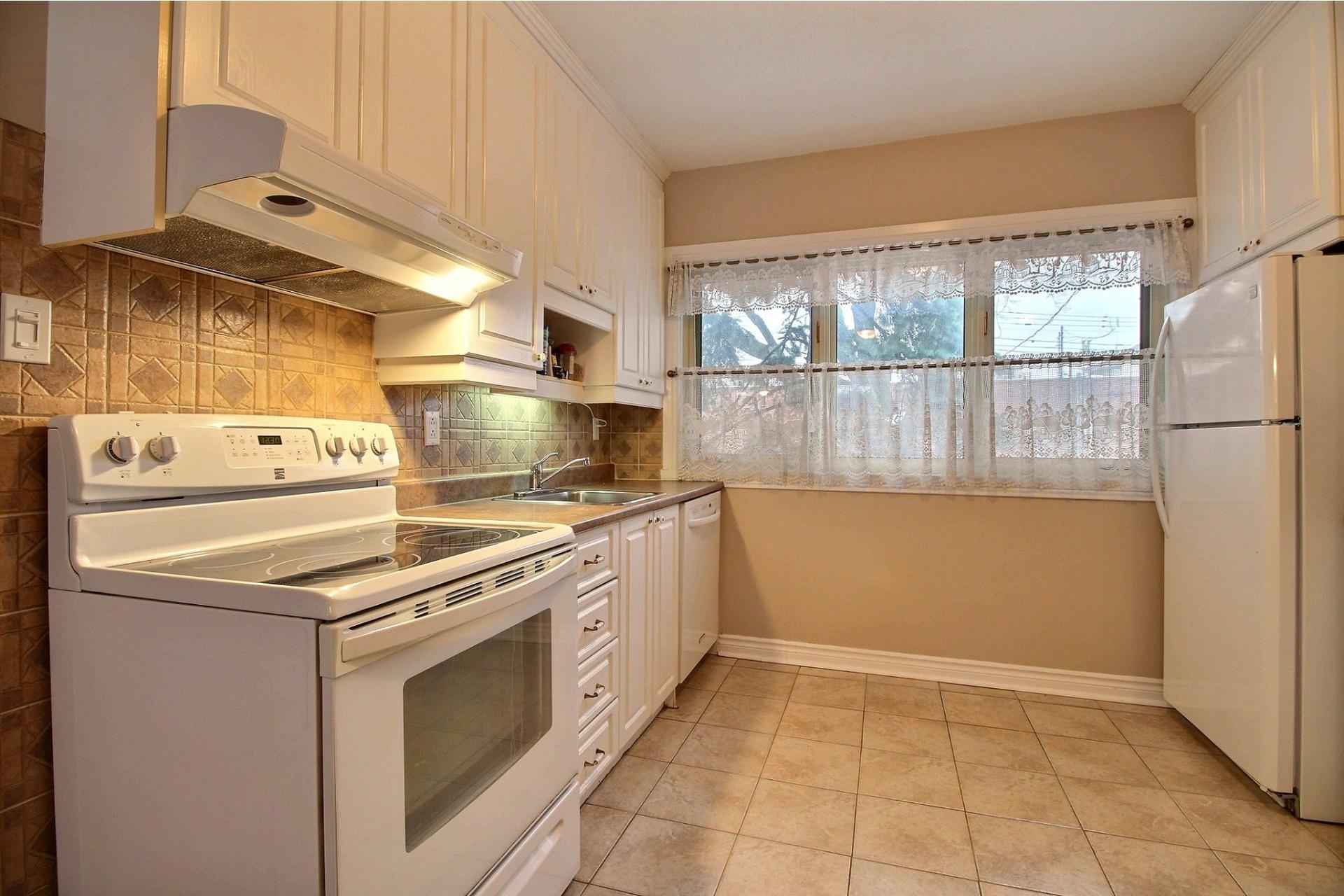 image 6 - House For sale Mercier/Hochelaga-Maisonneuve Montréal  - 9 rooms