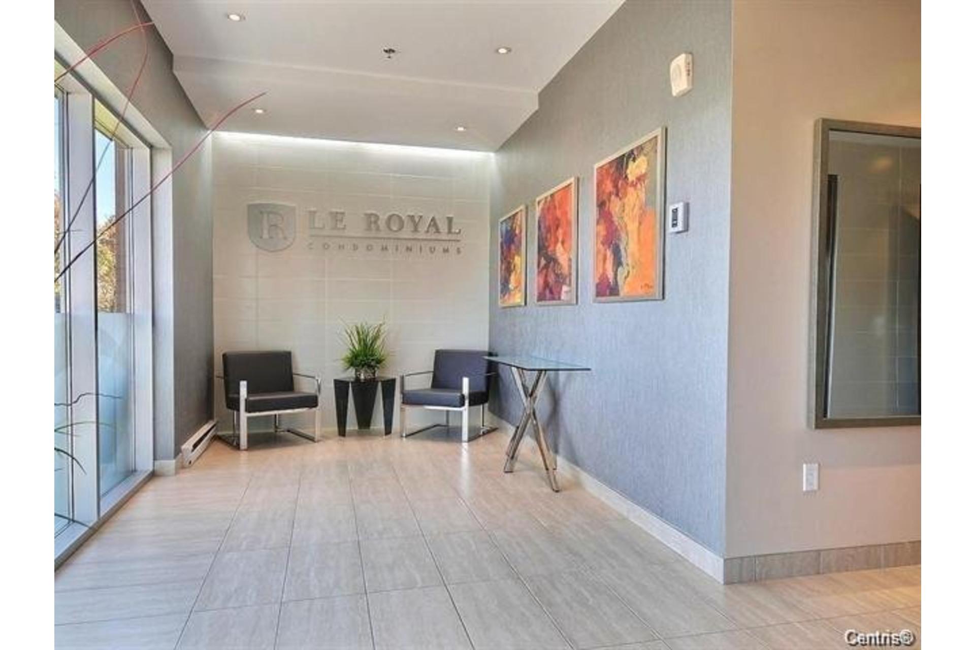 image 1 - Apartment For rent Rivière-des-Prairies/Pointe-aux-Trembles Montréal  - 6 rooms