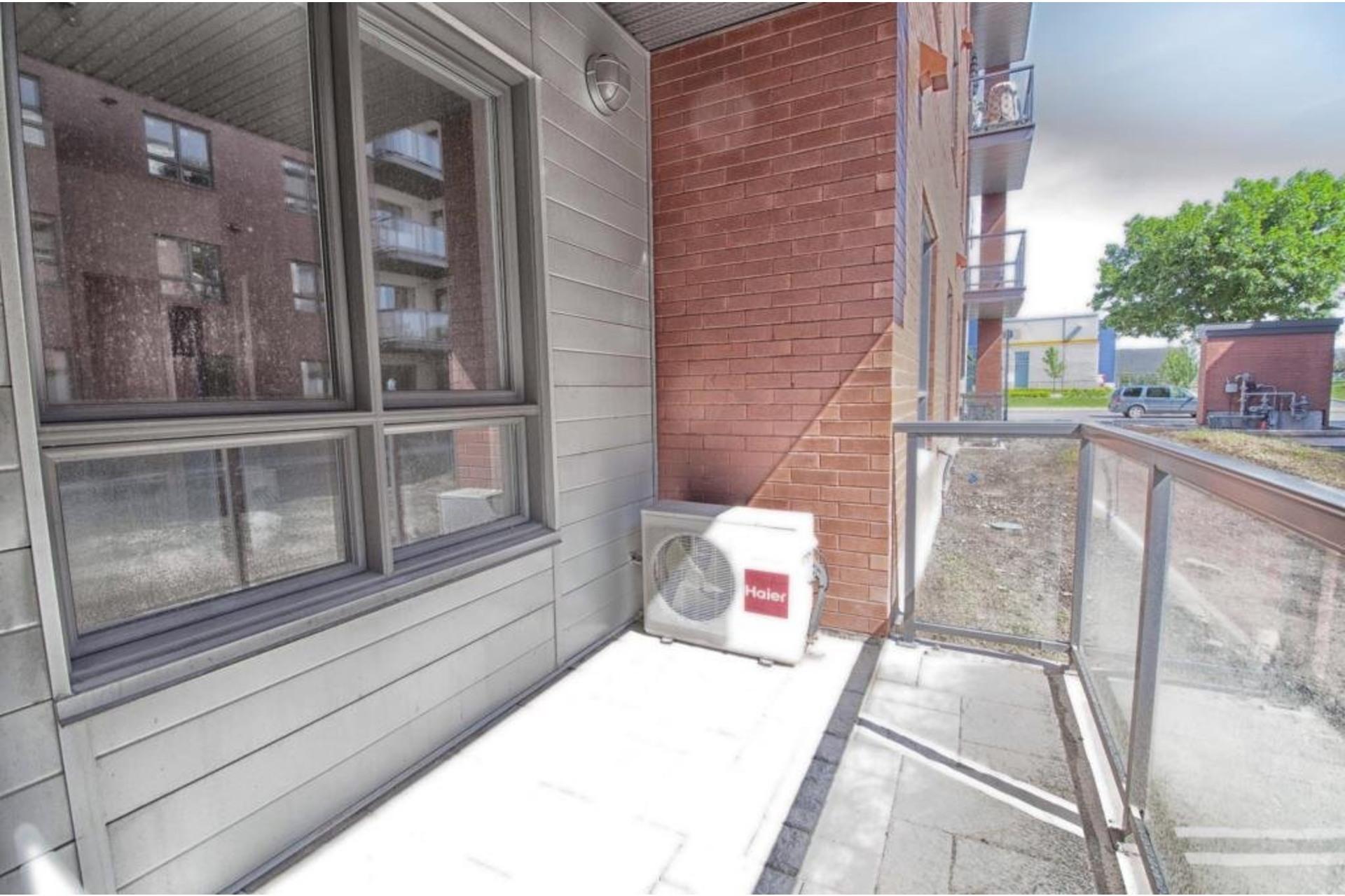 image 22 - Apartment For rent Rivière-des-Prairies/Pointe-aux-Trembles Montréal  - 6 rooms