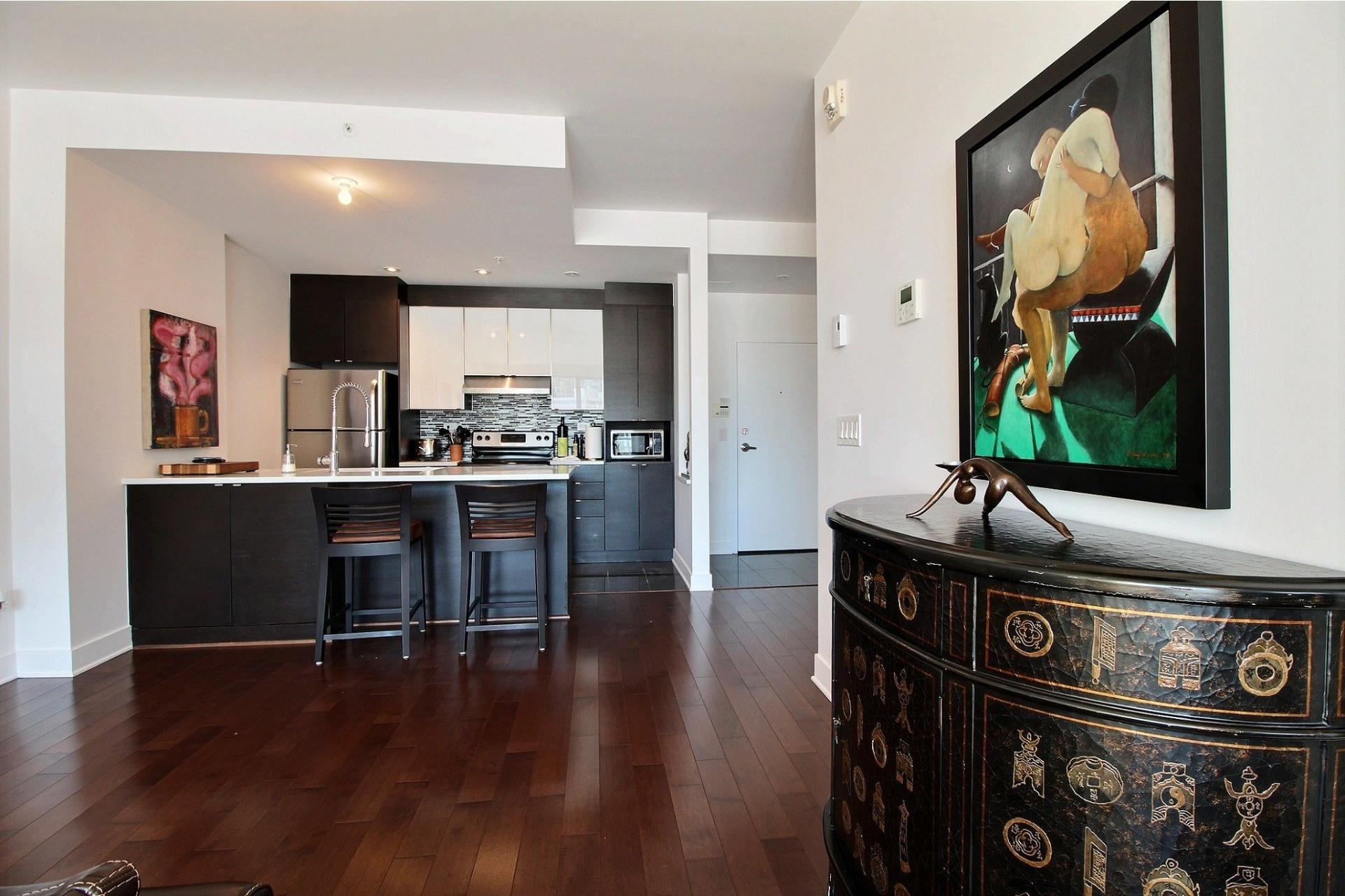 image 15 - Apartment For rent Côte-des-Neiges/Notre-Dame-de-Grâce Montréal  - 4 rooms
