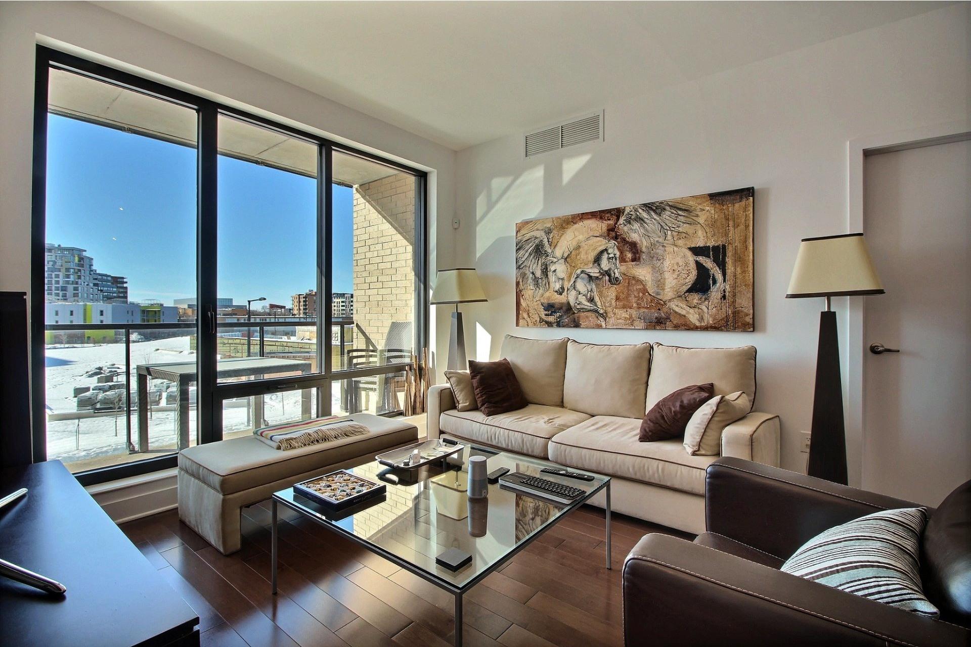 image 14 - Apartment For rent Côte-des-Neiges/Notre-Dame-de-Grâce Montréal  - 4 rooms
