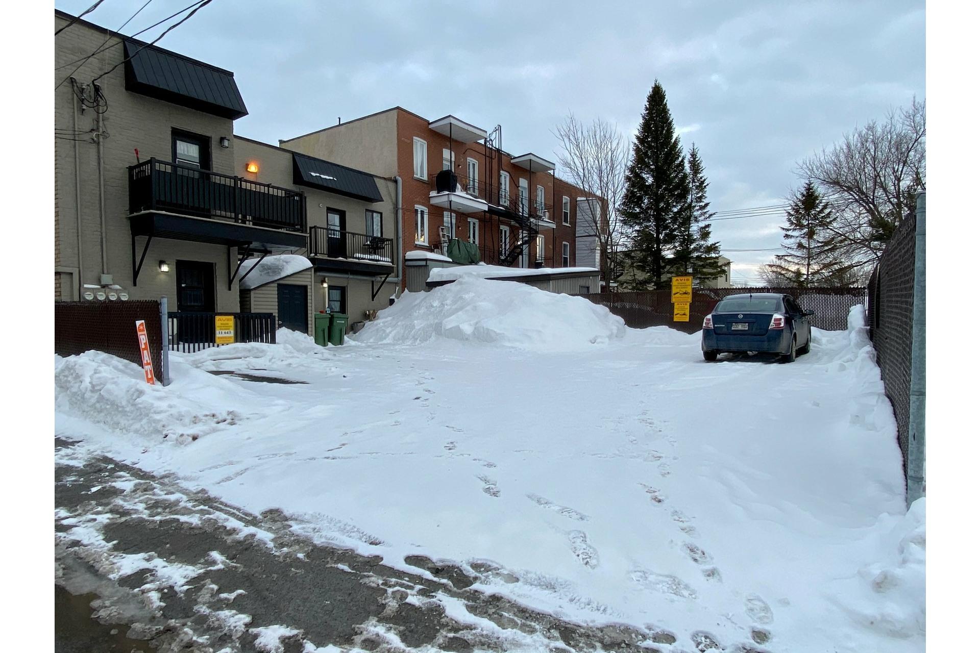 image 25 - Quadruplex For sale Rivière-des-Prairies/Pointe-aux-Trembles Montréal  - 4 rooms
