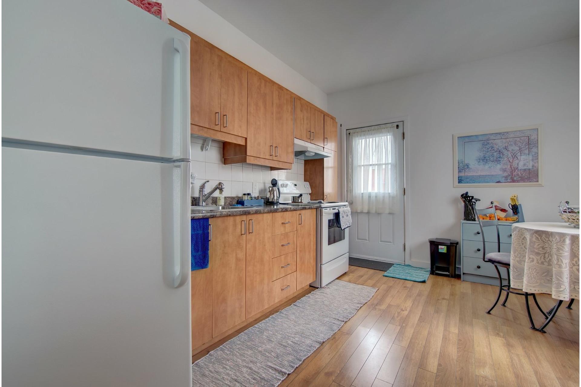 image 7 - Quadruplex For sale Rivière-des-Prairies/Pointe-aux-Trembles Montréal  - 4 rooms