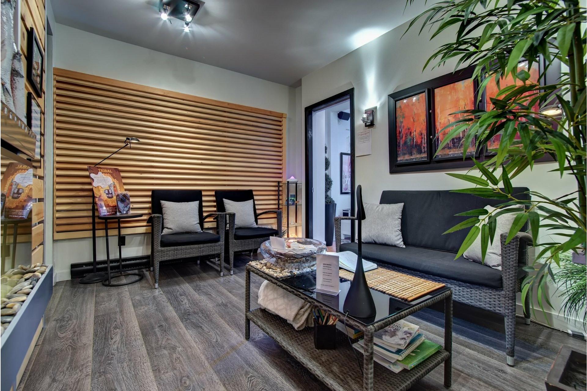 image 15 - Quadruplex For sale Rivière-des-Prairies/Pointe-aux-Trembles Montréal  - 4 rooms