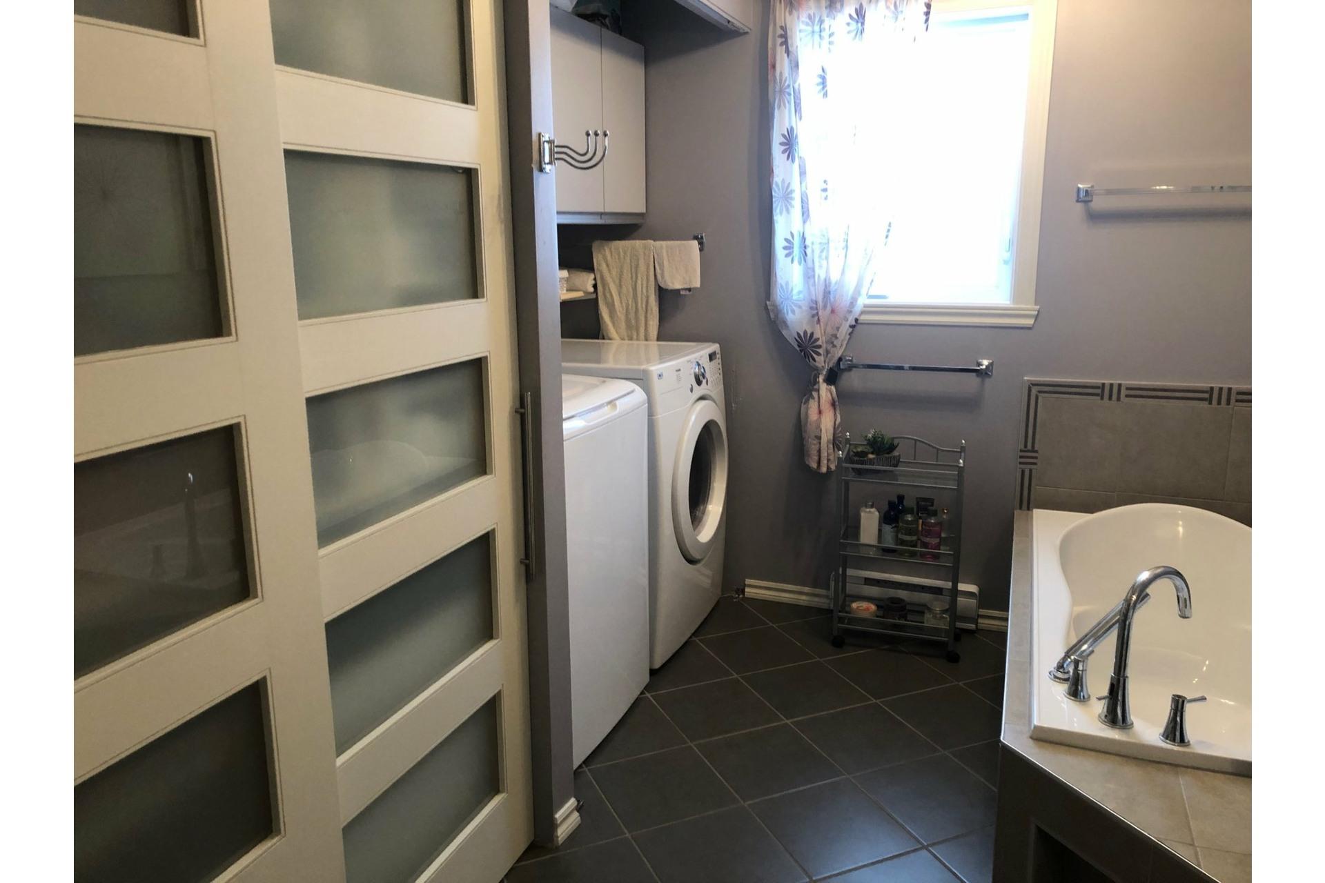 image 7 - House For sale Saint-Léonard-d'Aston - 11 rooms