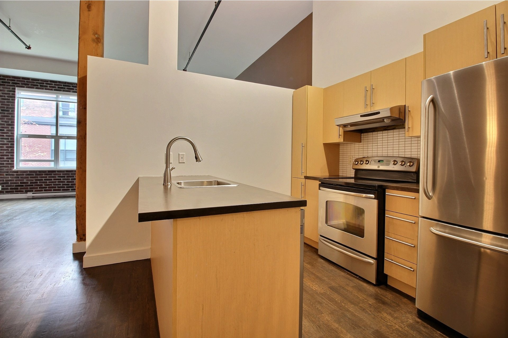 image 9 - Appartement À louer Mercier/Hochelaga-Maisonneuve Montréal  - 6 pièces