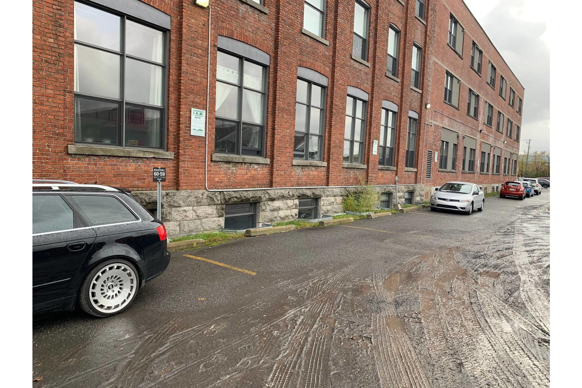 image 19 - Appartement À louer Mercier/Hochelaga-Maisonneuve Montréal  - 6 pièces