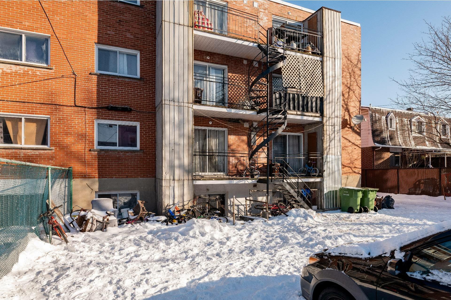 image 41 - Immeuble à revenus À vendre Anjou Montréal  - 5 pièces