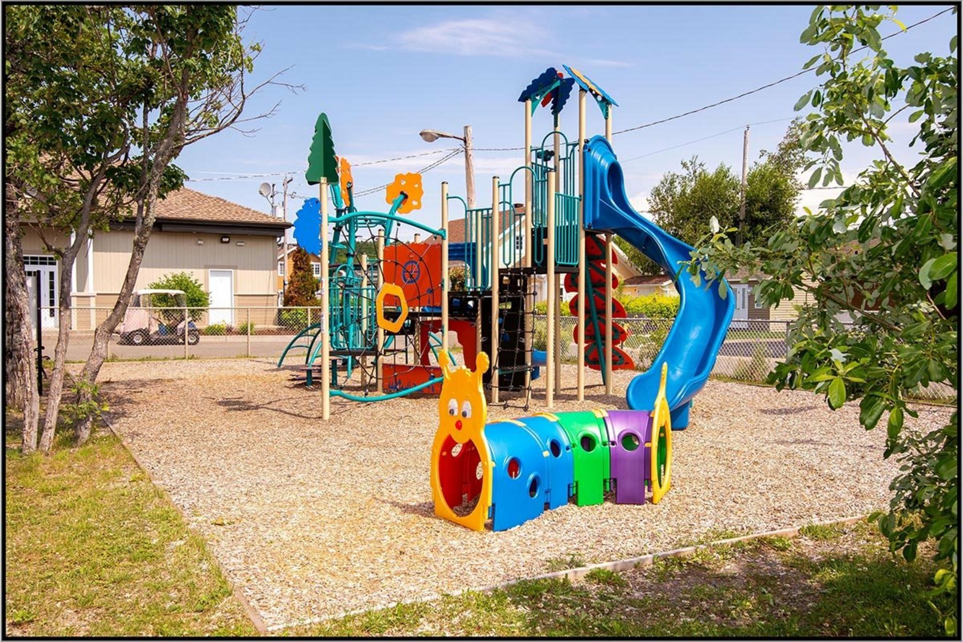 image 15 - House For sale Fossambault-sur-le-Lac - 8 rooms