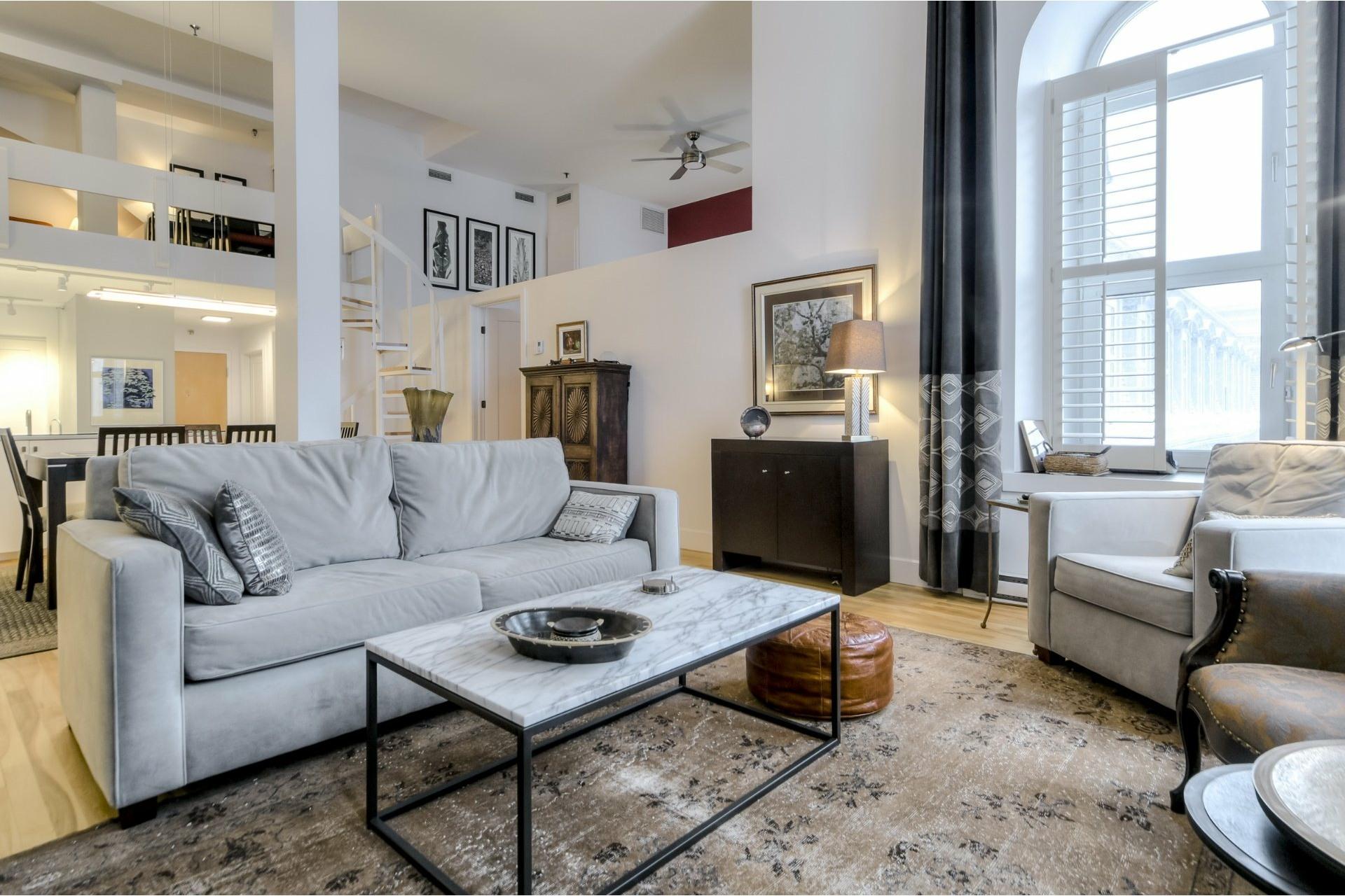 image 2 - Appartement À vendre Ville-Marie Montréal  - 5 pièces