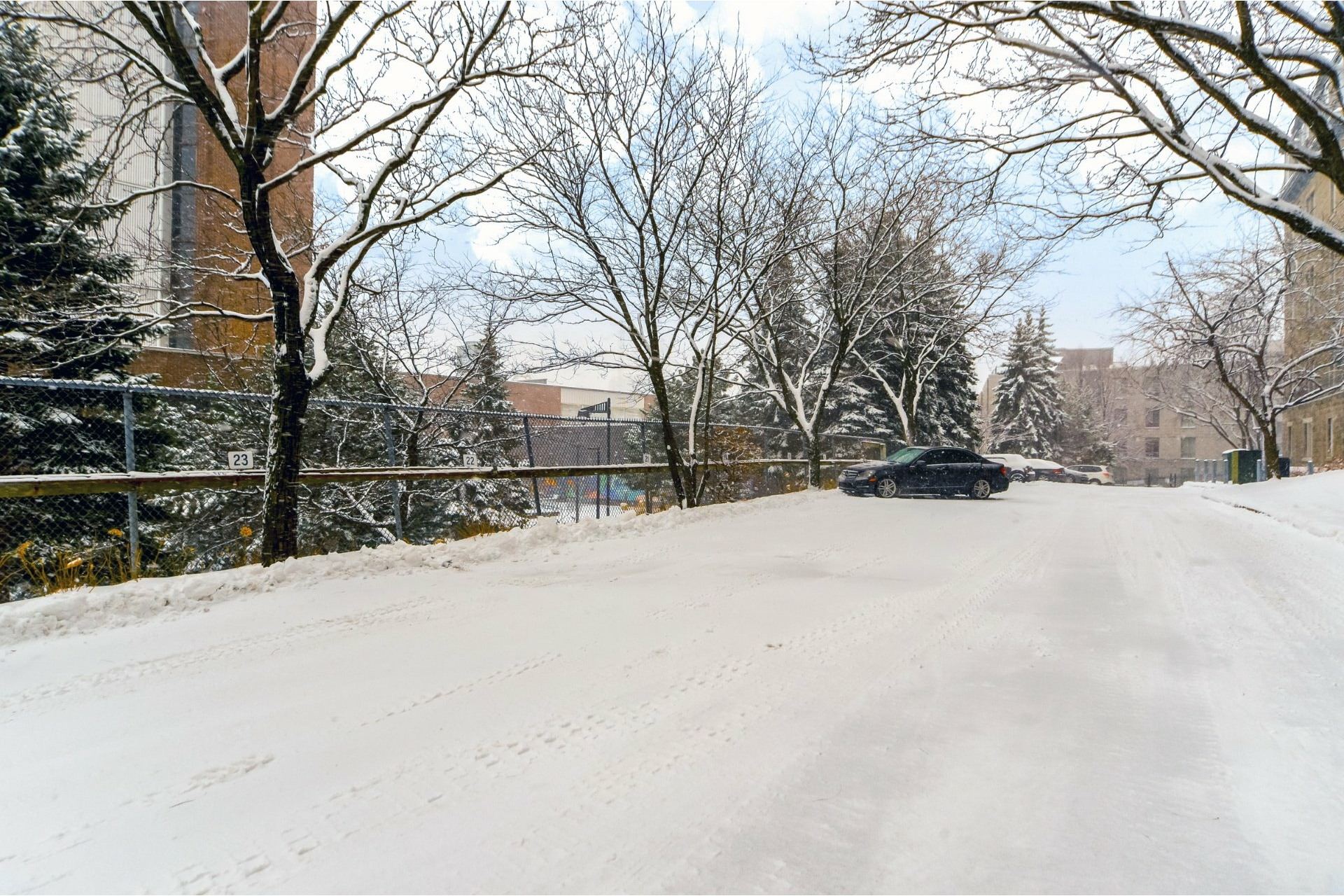 image 21 - Appartement À vendre Ville-Marie Montréal  - 5 pièces
