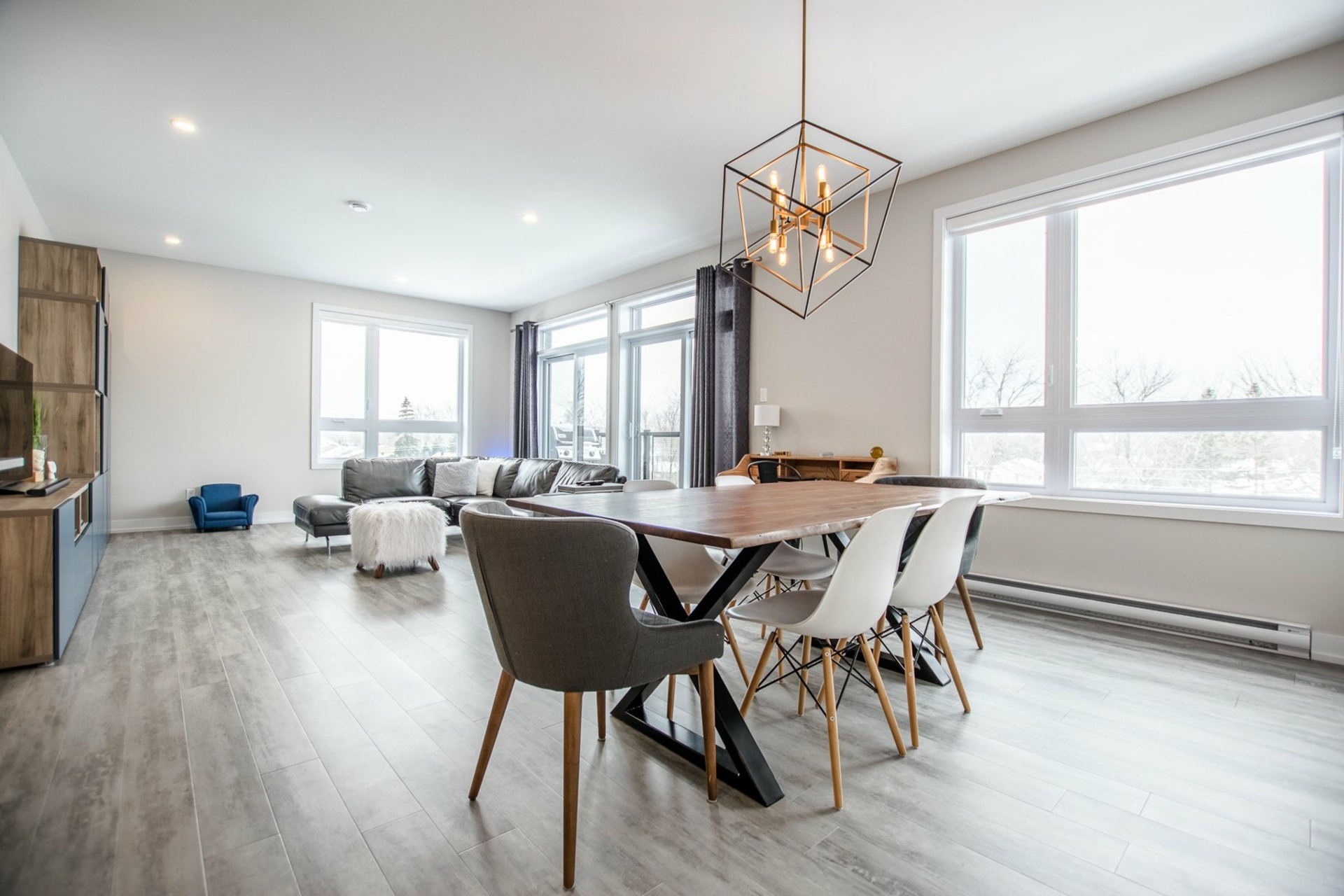 image 4 - Apartment For sale Sainte-Catherine - 6 rooms