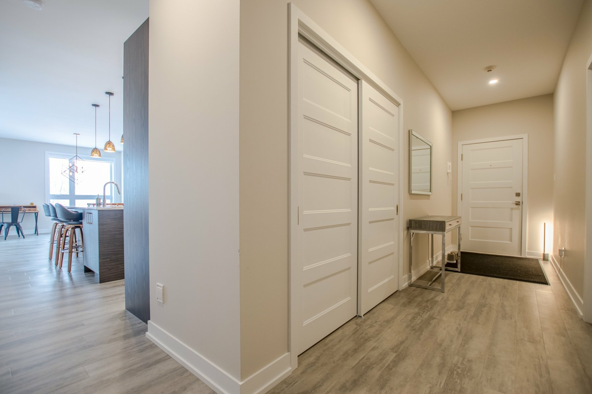 image 18 - Apartment For sale Sainte-Catherine - 6 rooms