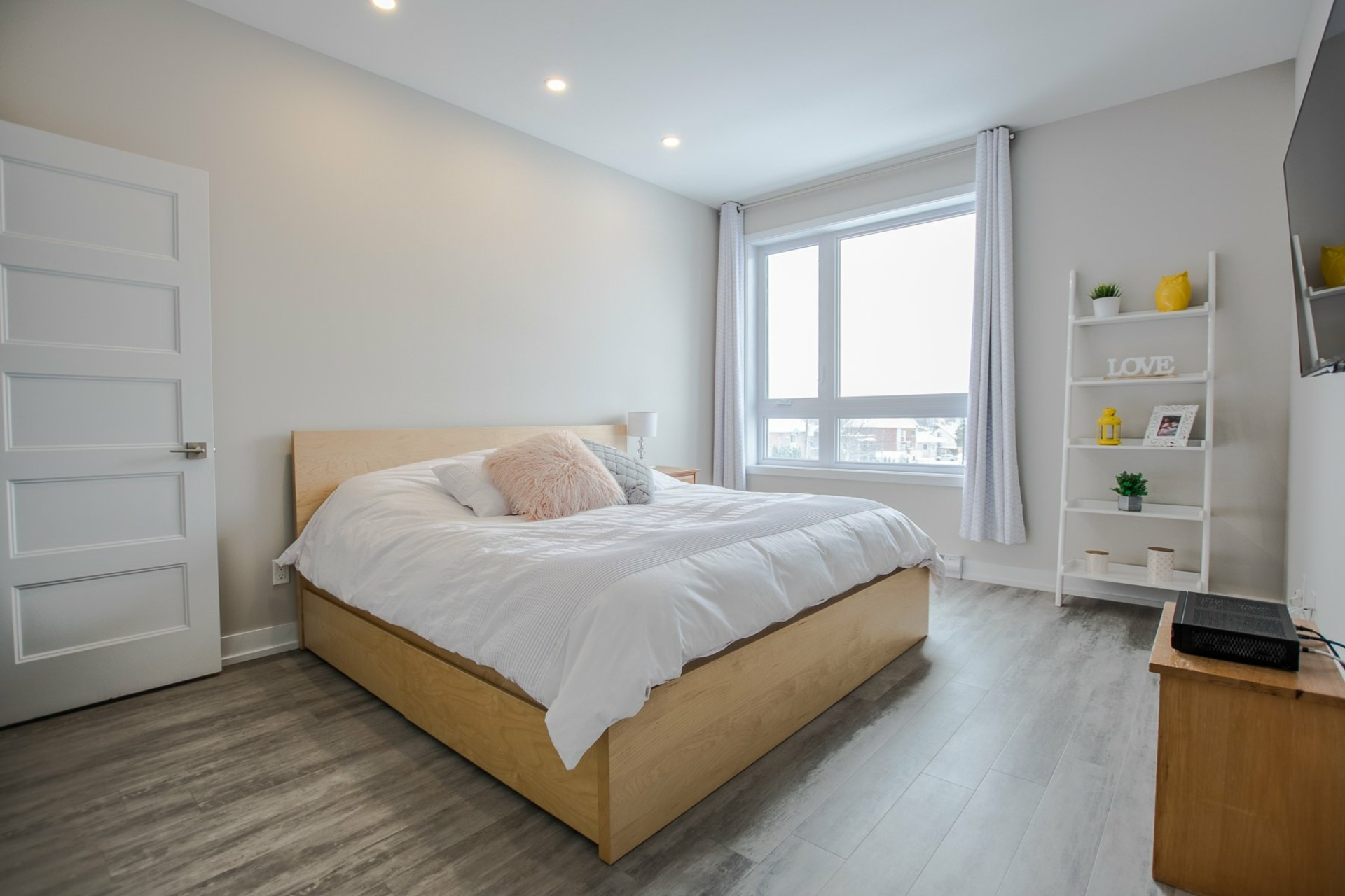 image 9 - Apartment For sale Sainte-Catherine - 6 rooms