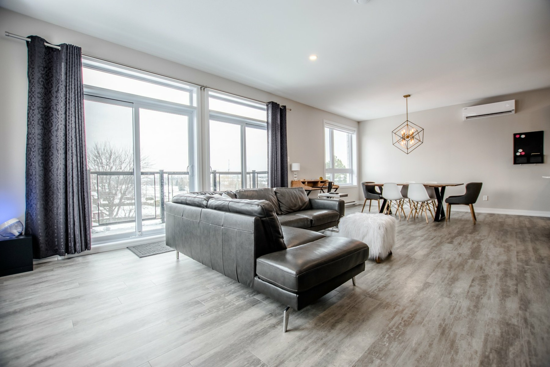 image 7 - Apartment For sale Sainte-Catherine - 6 rooms