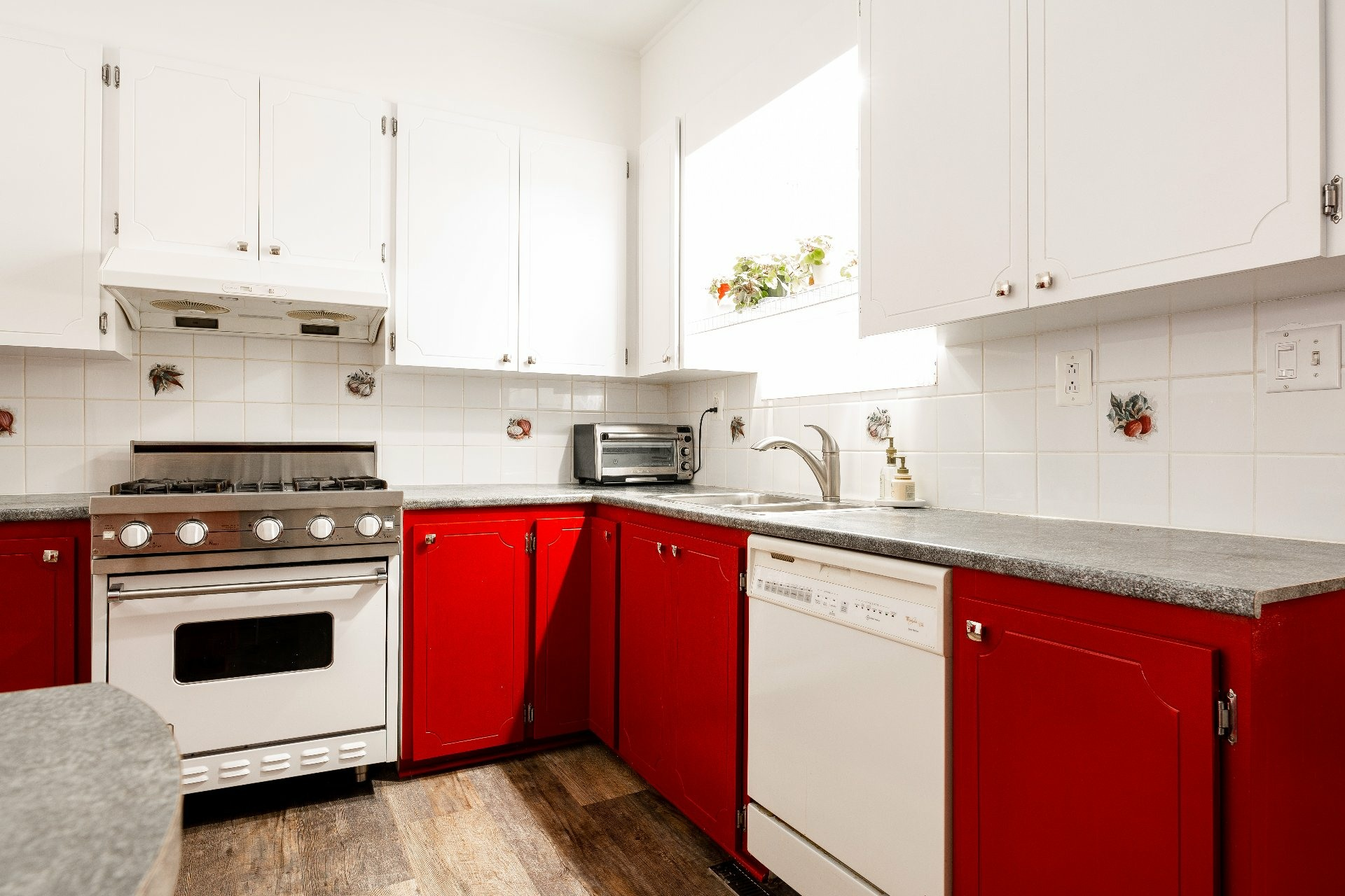image 11 - House For sale Dorval - 11 rooms