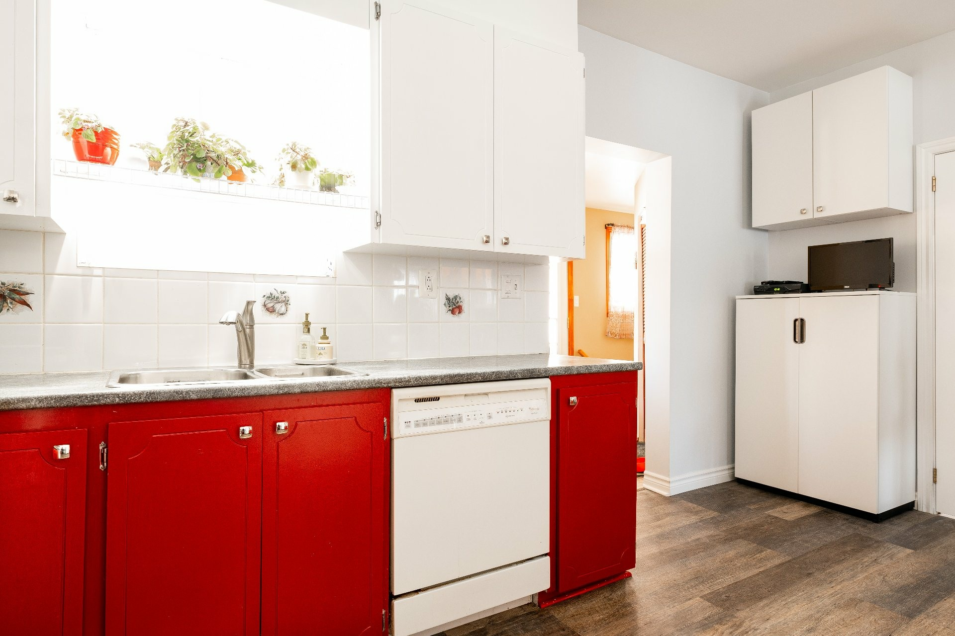 image 12 - House For sale Dorval - 11 rooms