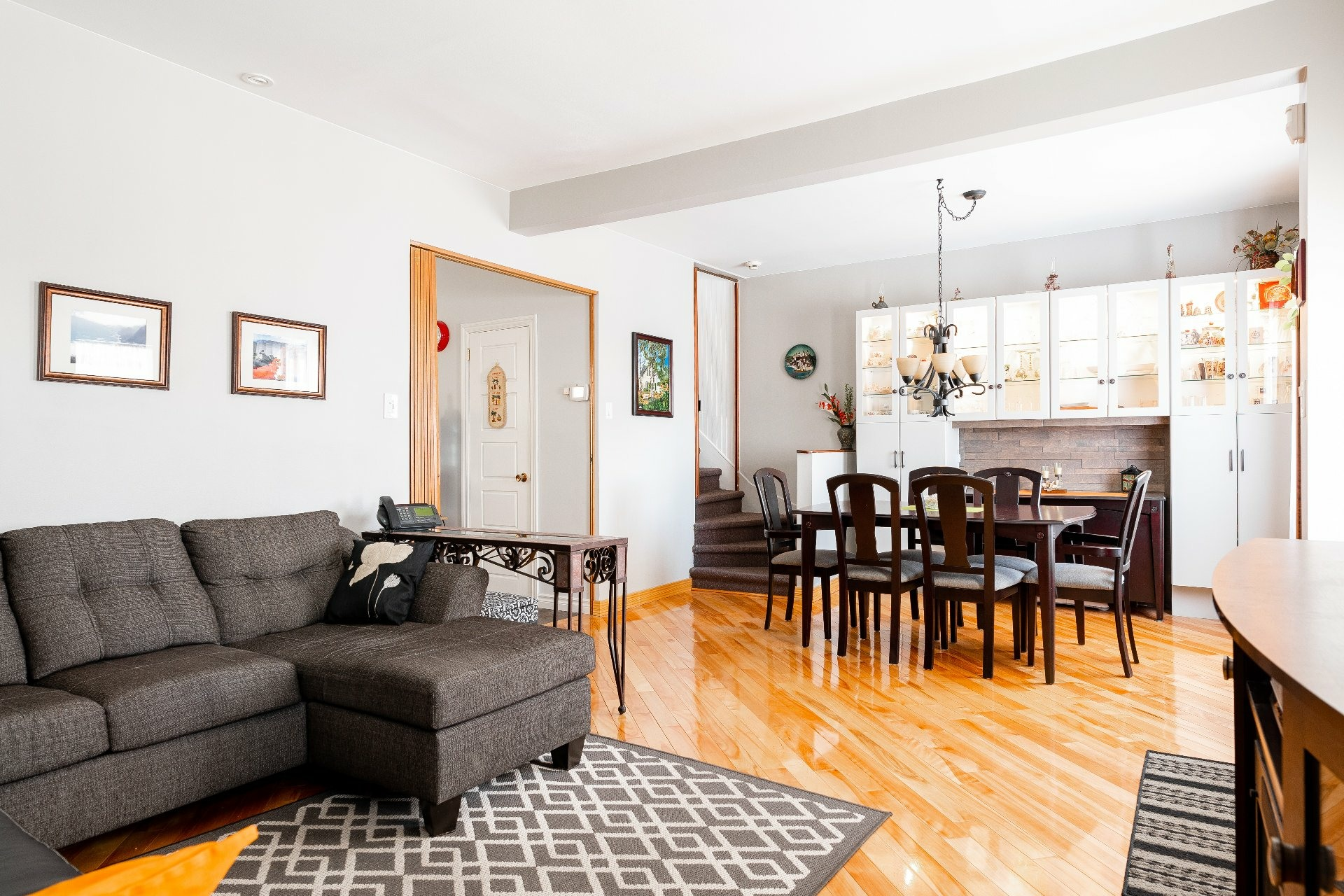 image 6 - House For sale Dorval - 11 rooms