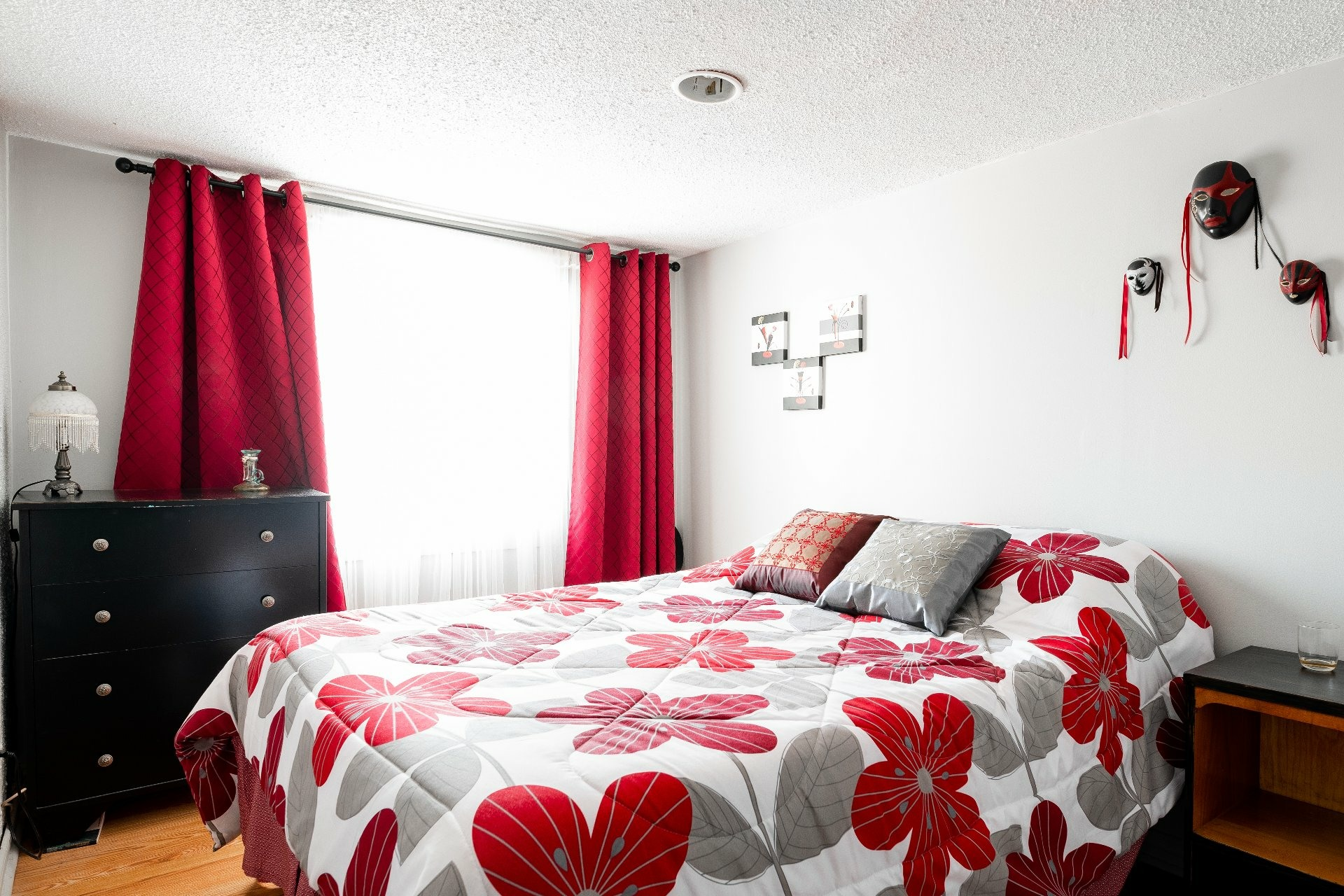 image 20 - House For sale Dorval - 11 rooms