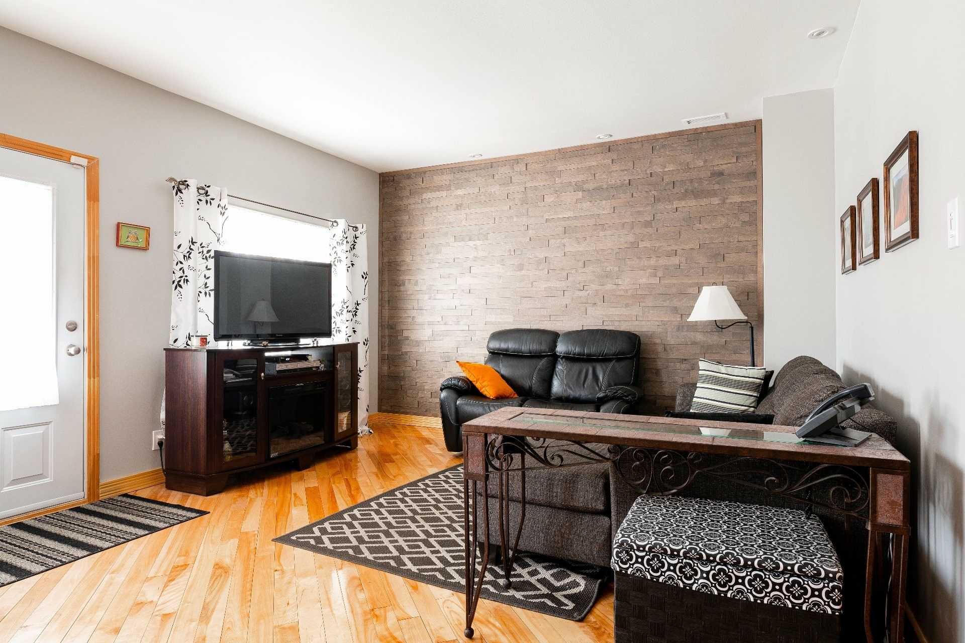 image 4 - House For sale Dorval - 11 rooms