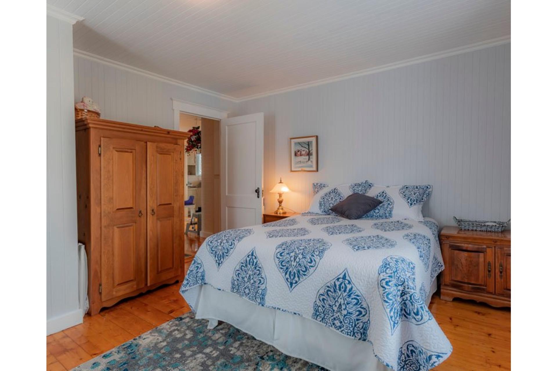 image 18 - Maison À vendre Sainte-Françoise - 9 pièces
