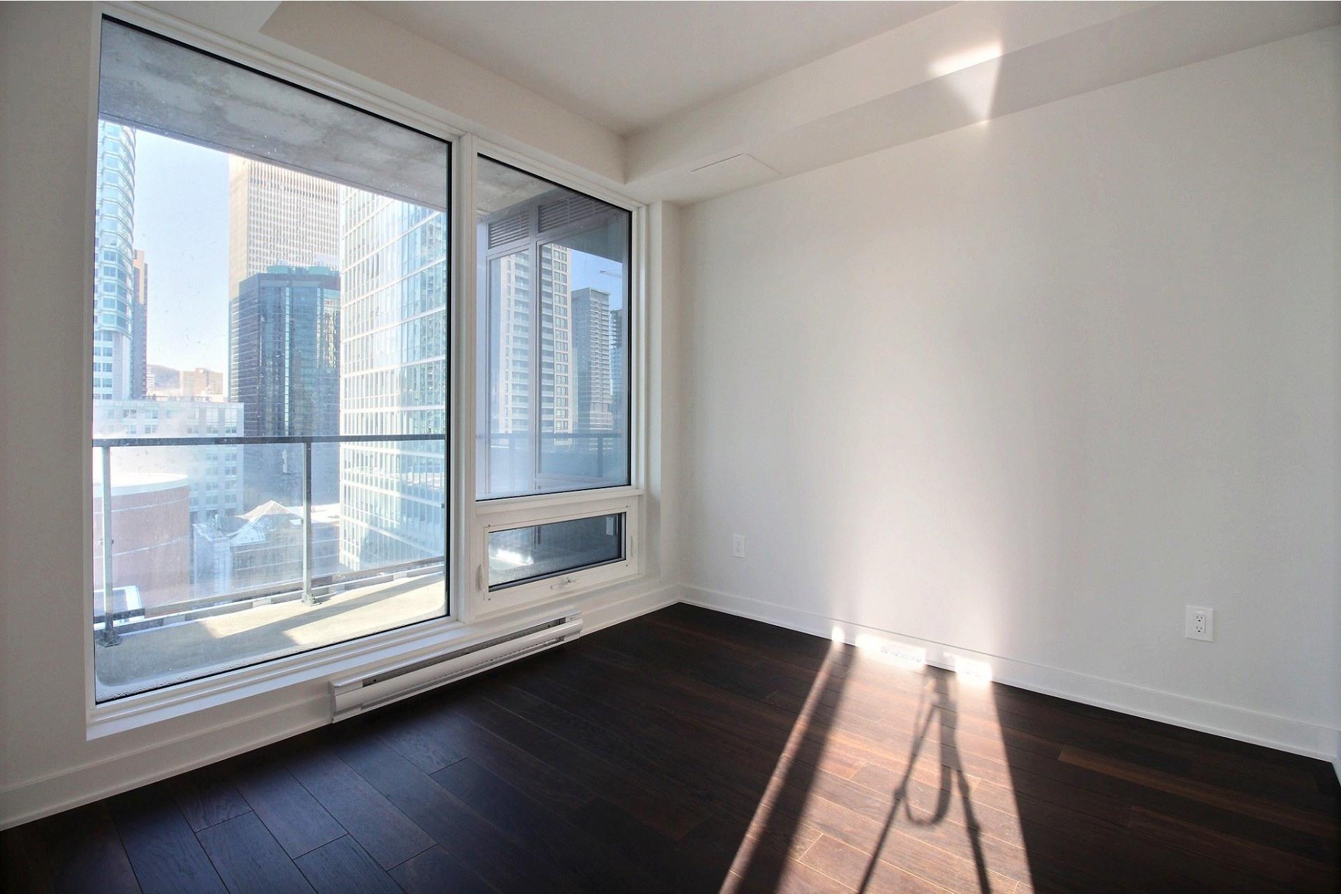image 21 - Apartment For rent Ville-Marie Montréal  - 7 rooms