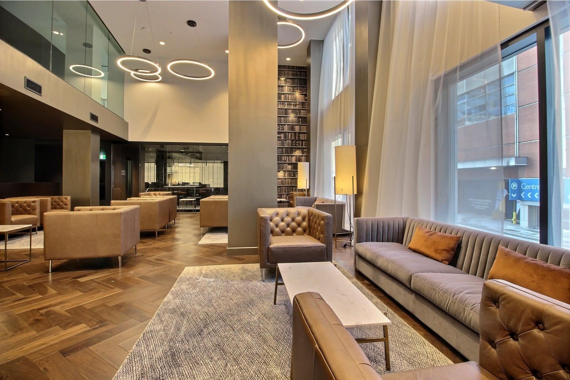image 9 - Apartment For rent Ville-Marie Montréal  - 7 rooms