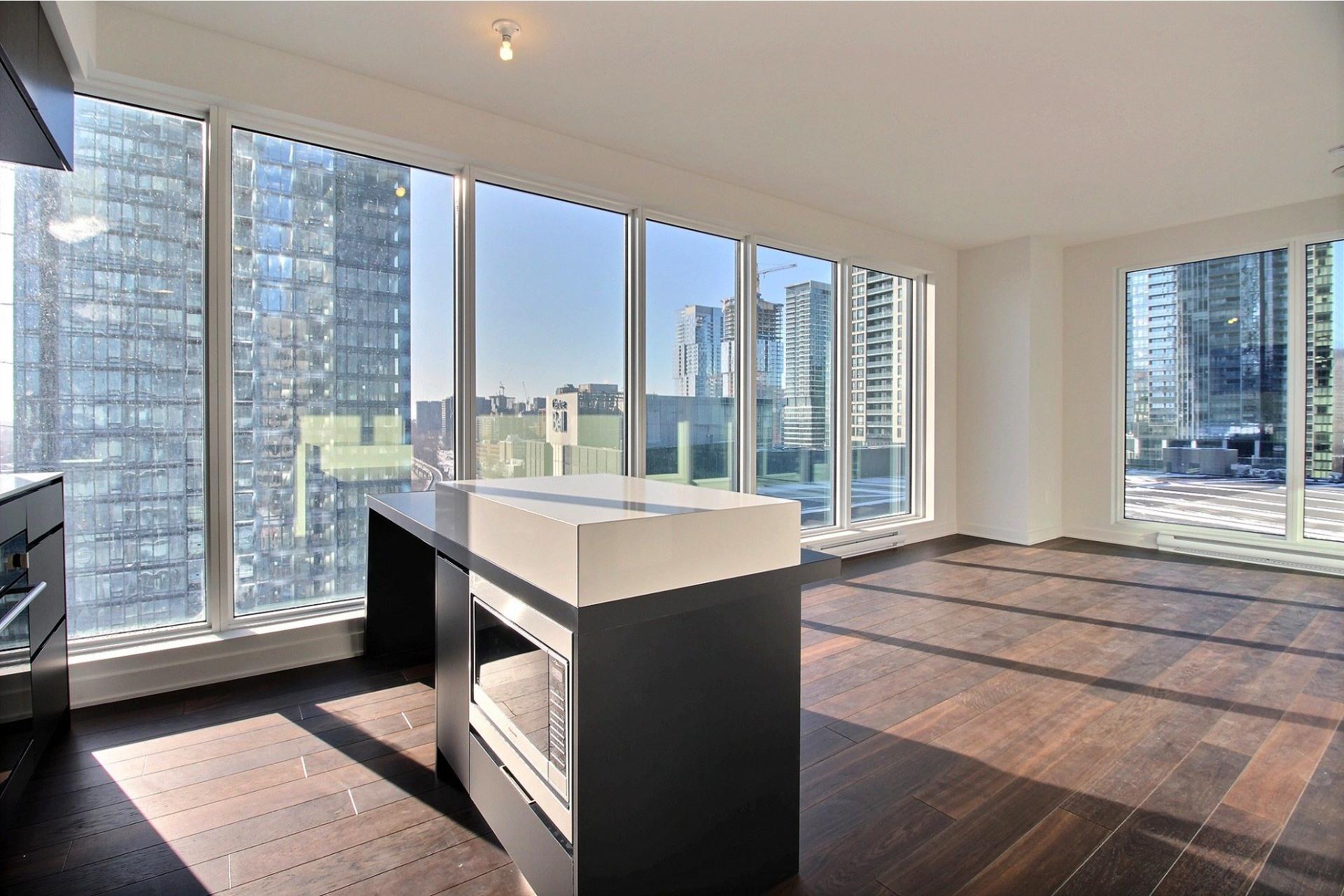 image 15 - Apartment For rent Ville-Marie Montréal  - 7 rooms
