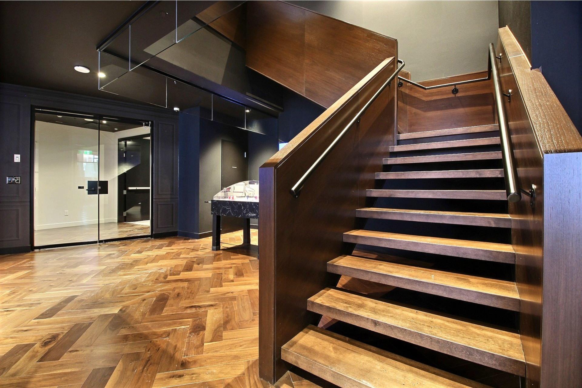 image 7 - Apartment For rent Ville-Marie Montréal  - 7 rooms