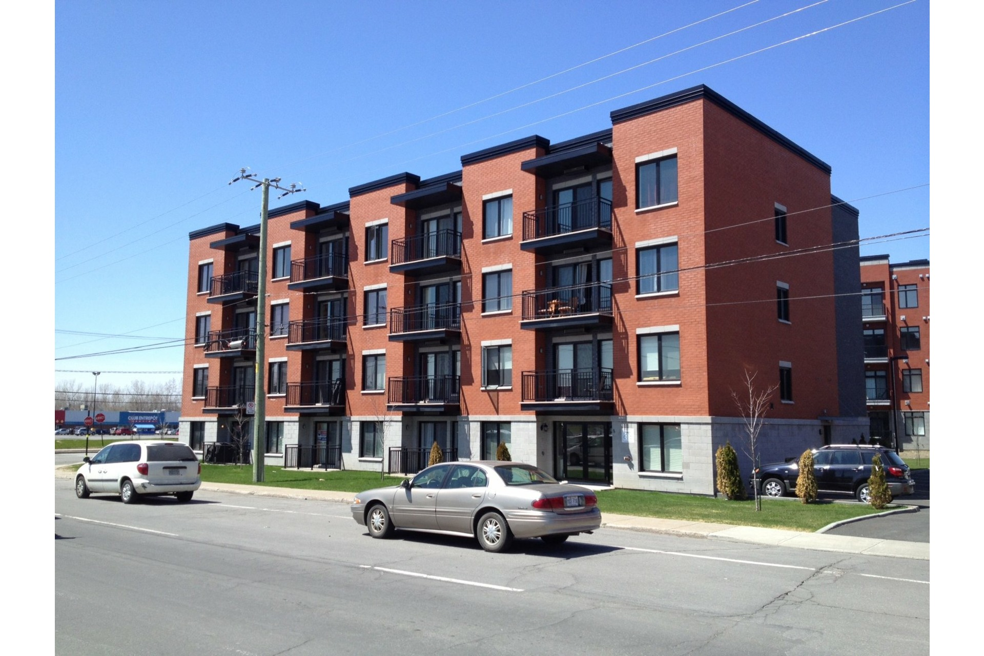 image 2 - Apartment For sale Le Vieux-Longueuil Longueuil  - 5 rooms
