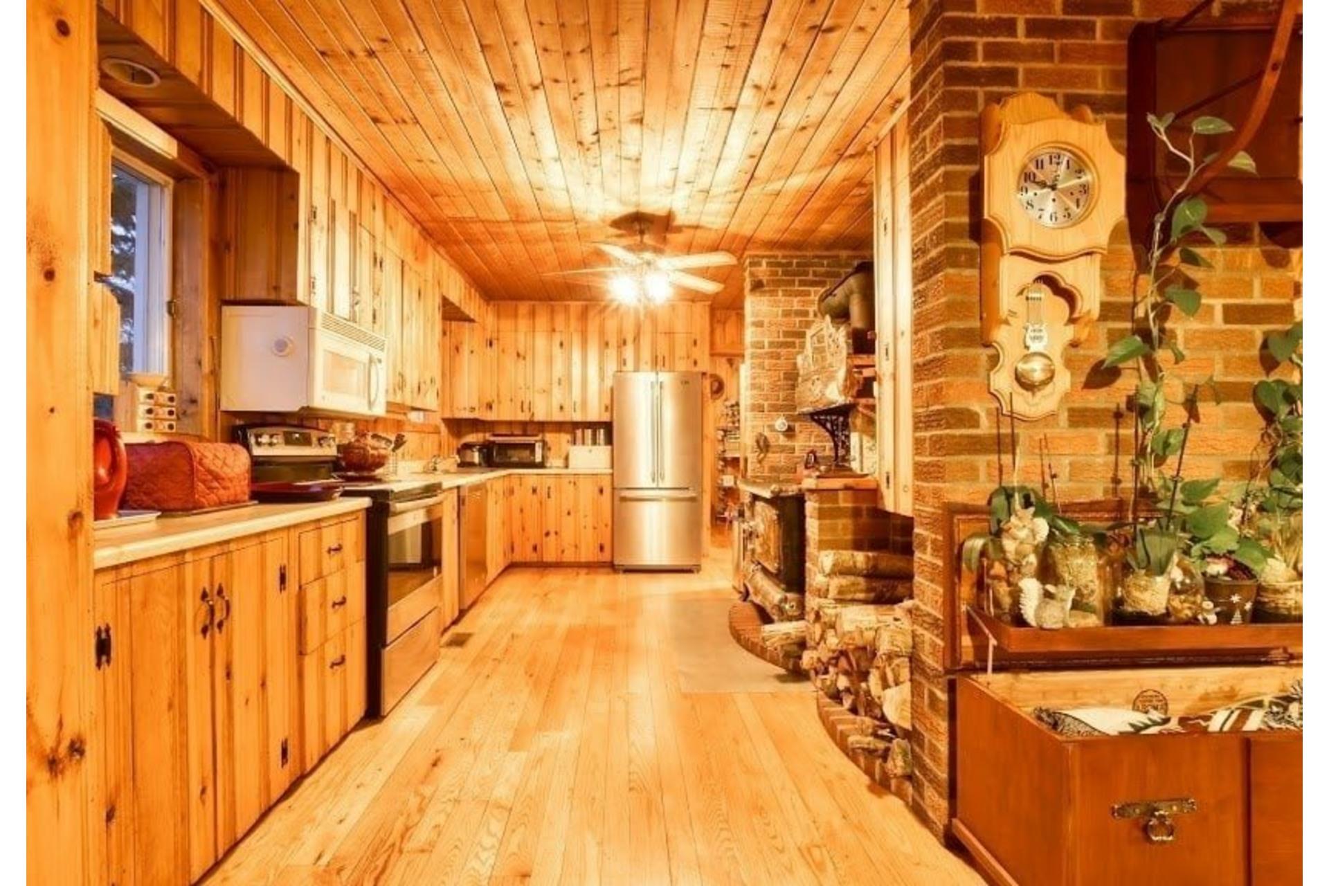image 10 - Maison À vendre Lac-Matawin - 8 pièces