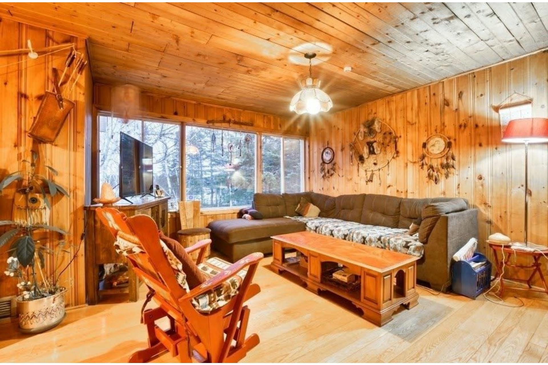 image 18 - Maison À vendre Lac-Matawin - 8 pièces