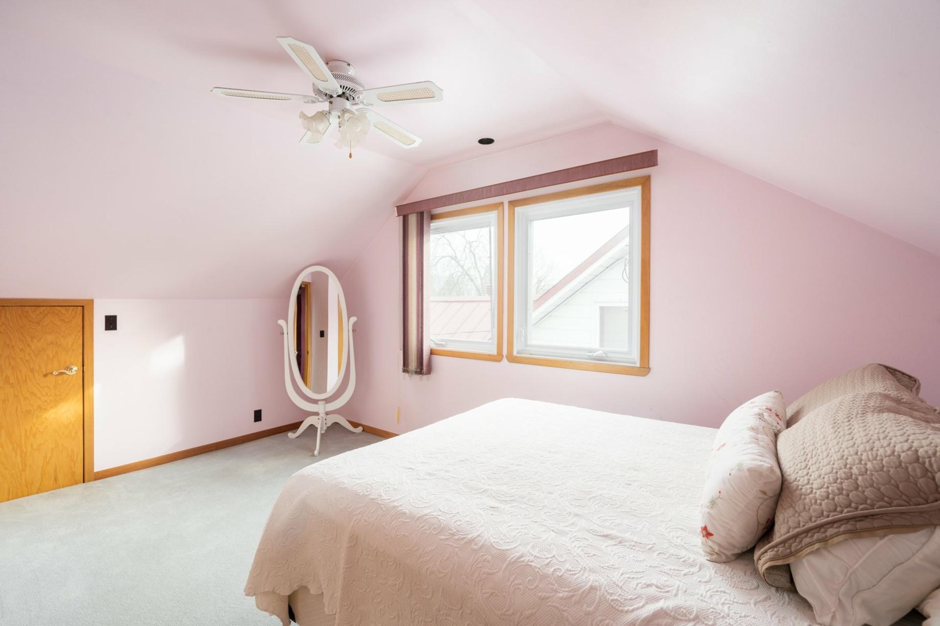image 10 - House For sale Saint-Laurent Montréal  - 9 rooms