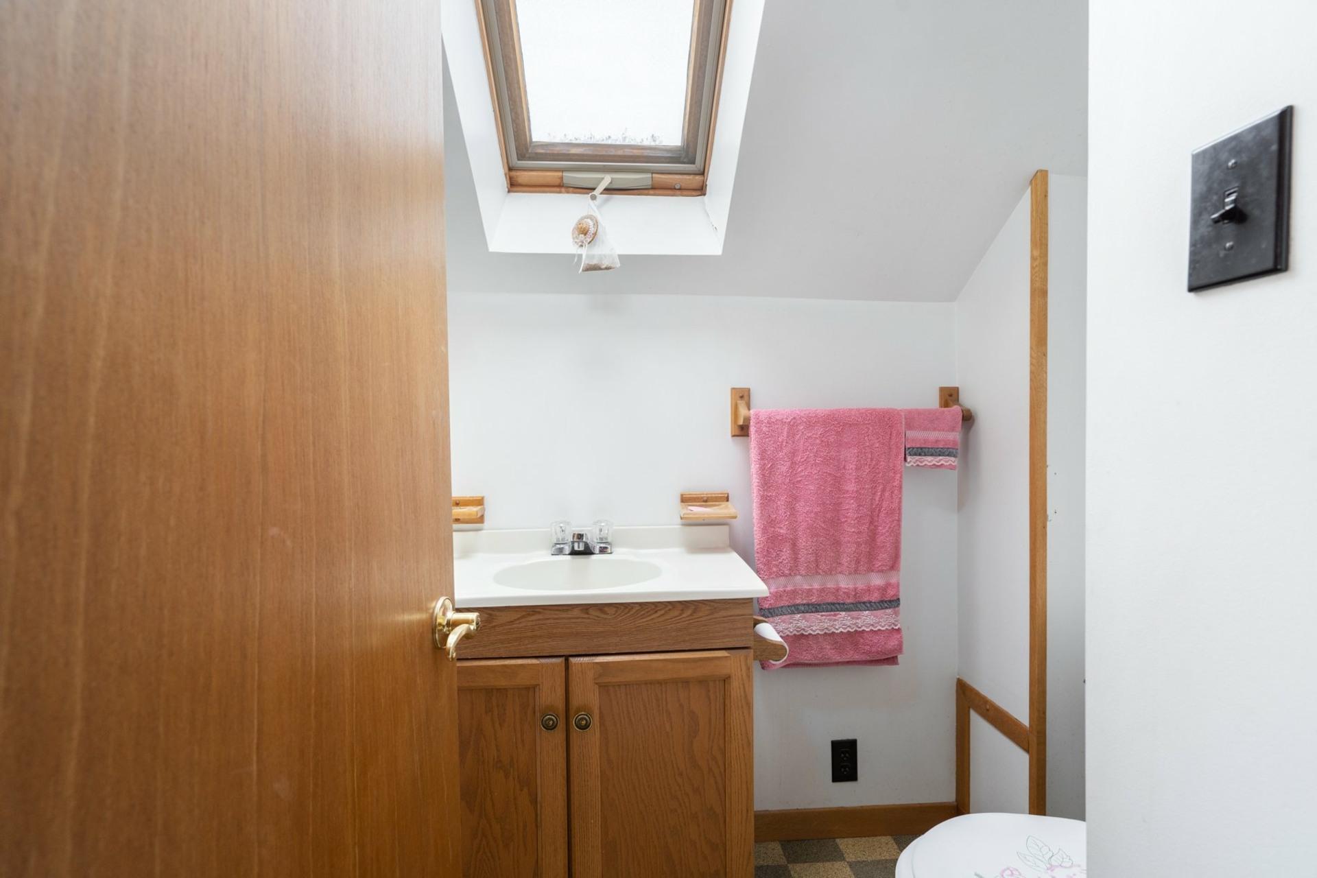 image 12 - House For sale Saint-Laurent Montréal  - 9 rooms