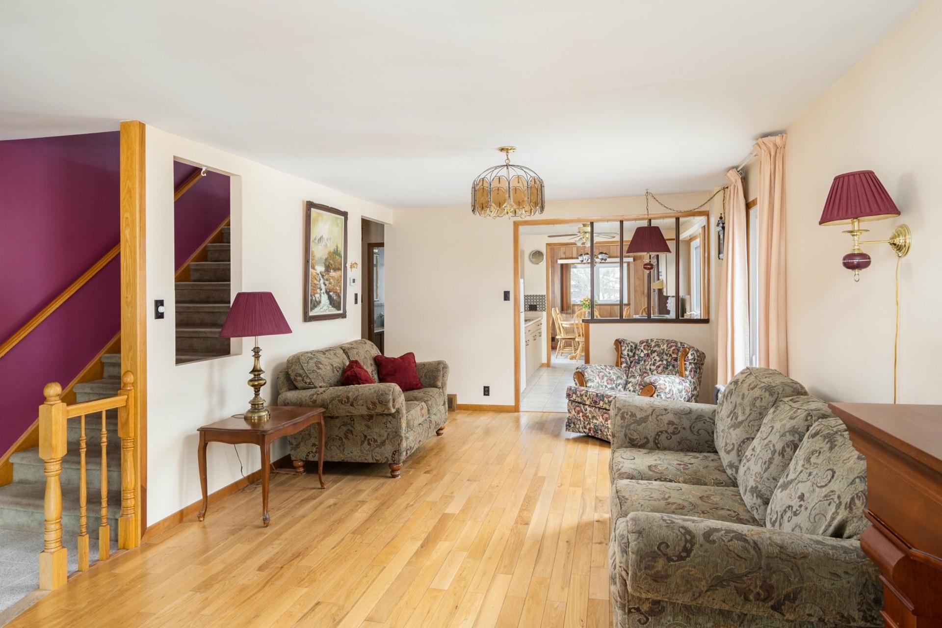 image 1 - House For sale Saint-Laurent Montréal  - 9 rooms