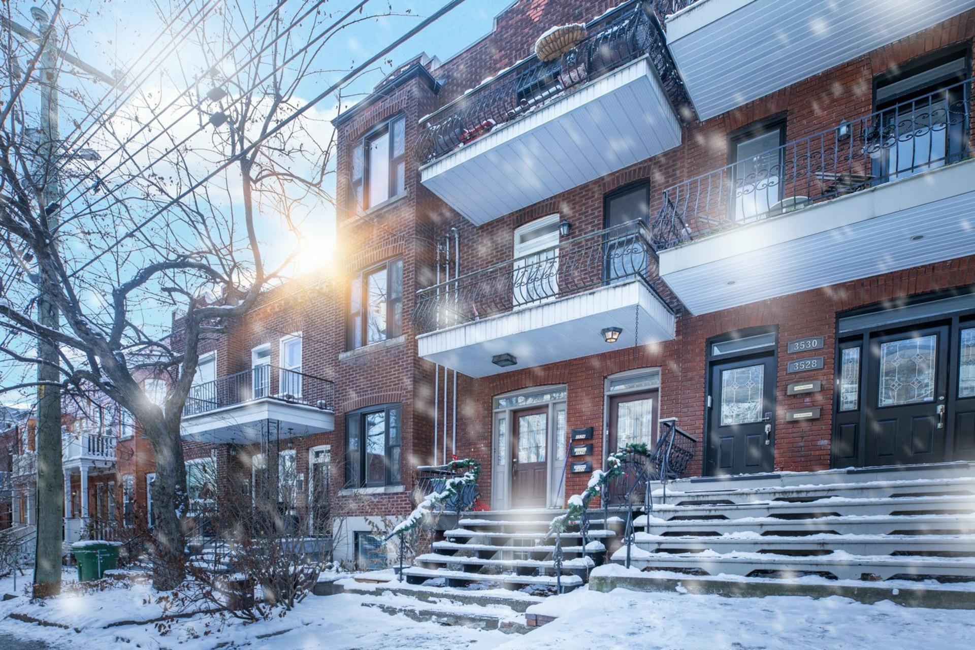image 0 - Appartement À vendre Côte-des-Neiges/Notre-Dame-de-Grâce Montréal  - 6 pièces