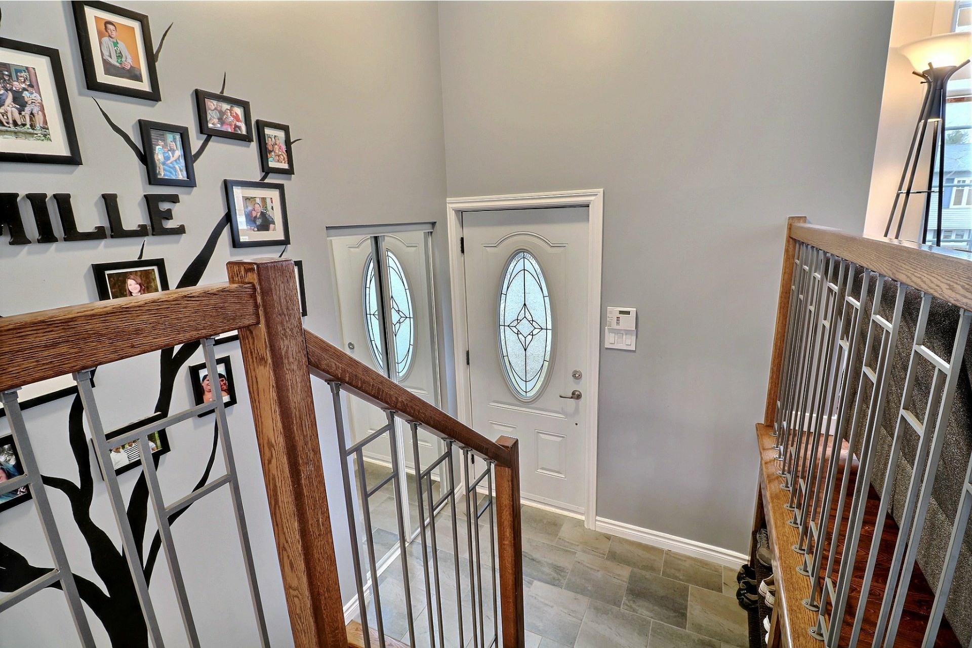 image 2 - Maison À vendre Blainville - 11 pièces