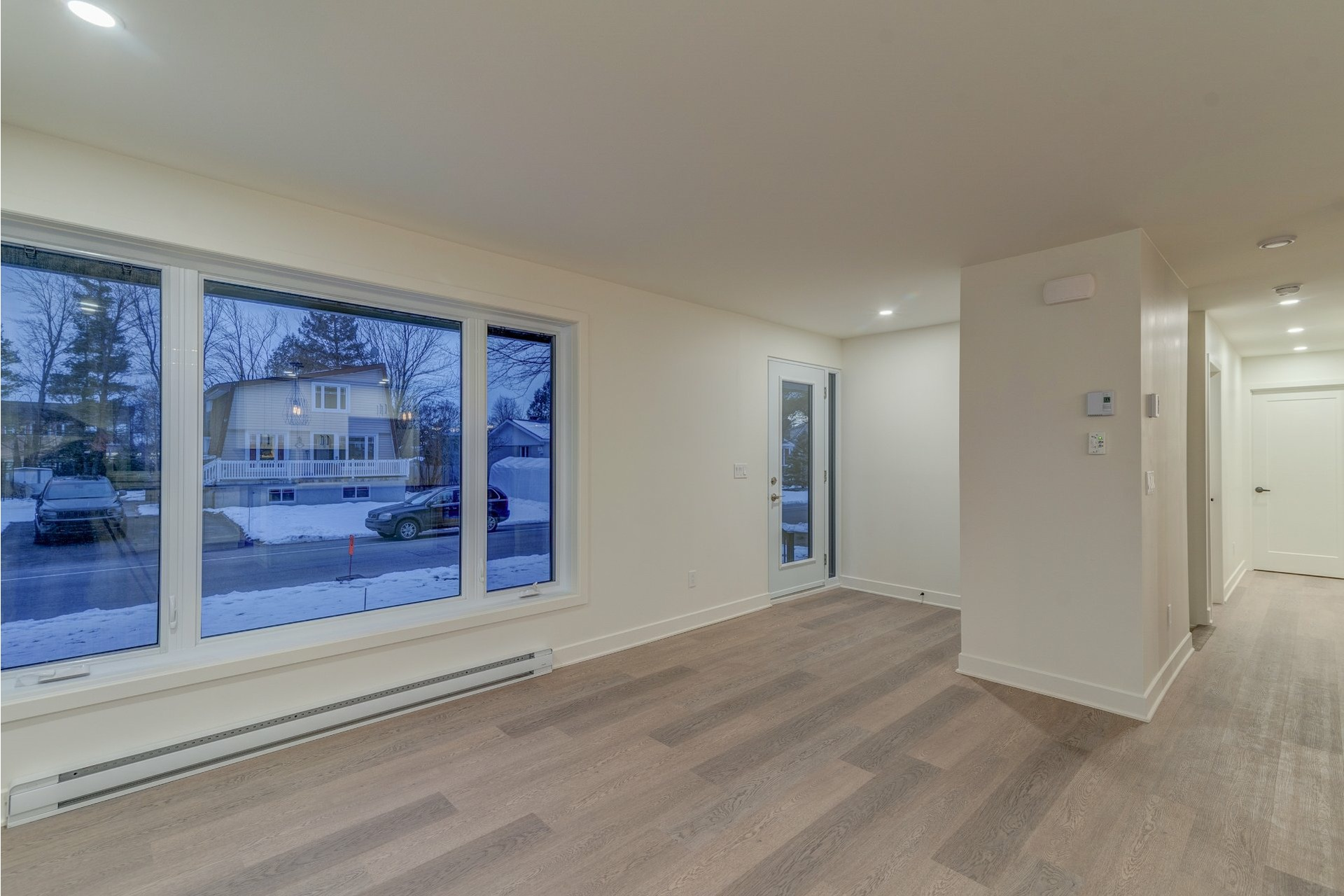 image 2 - House For sale Blainville - 11 rooms