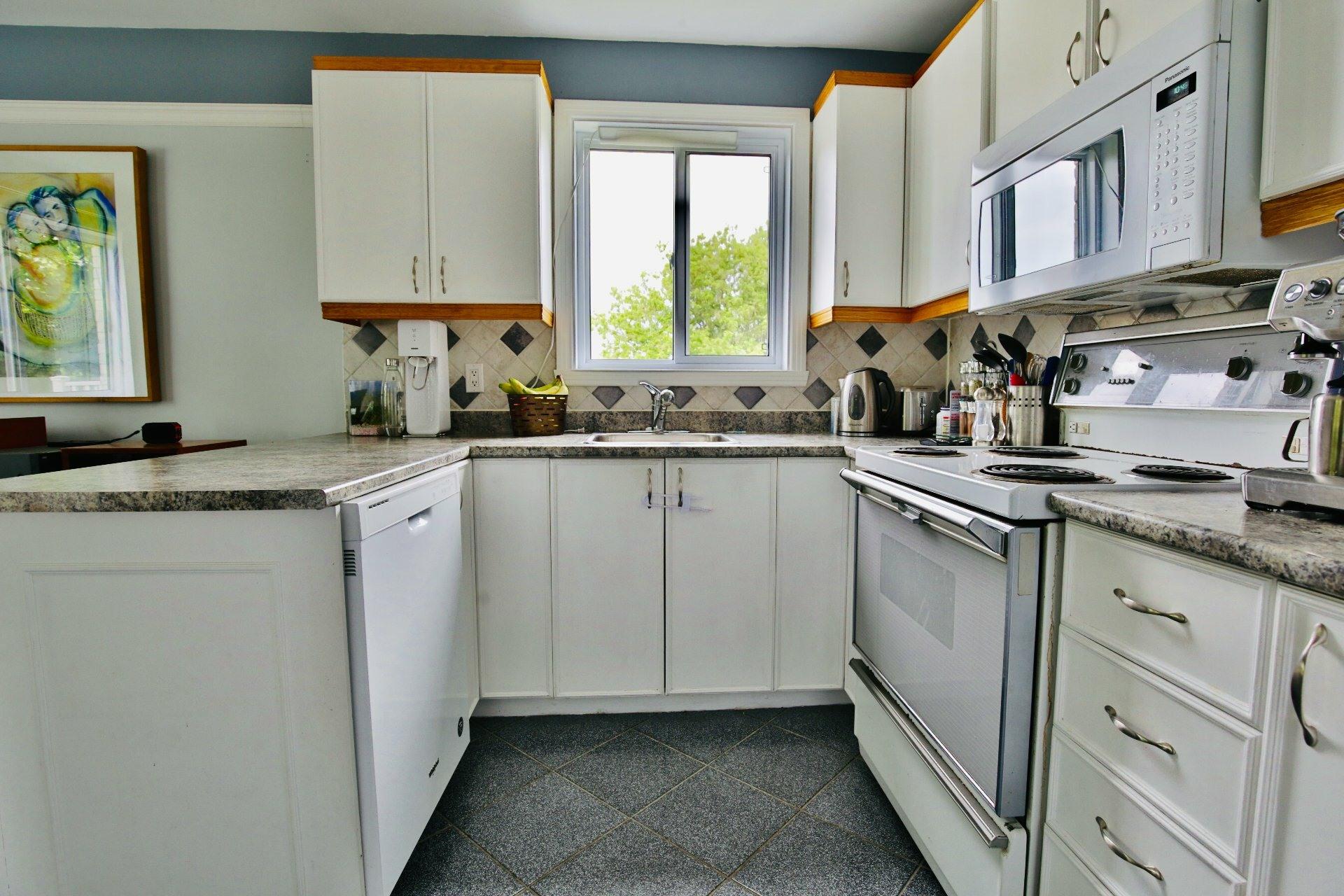 image 9 - Appartement À vendre Le Vieux-Longueuil Longueuil  - 6 pièces