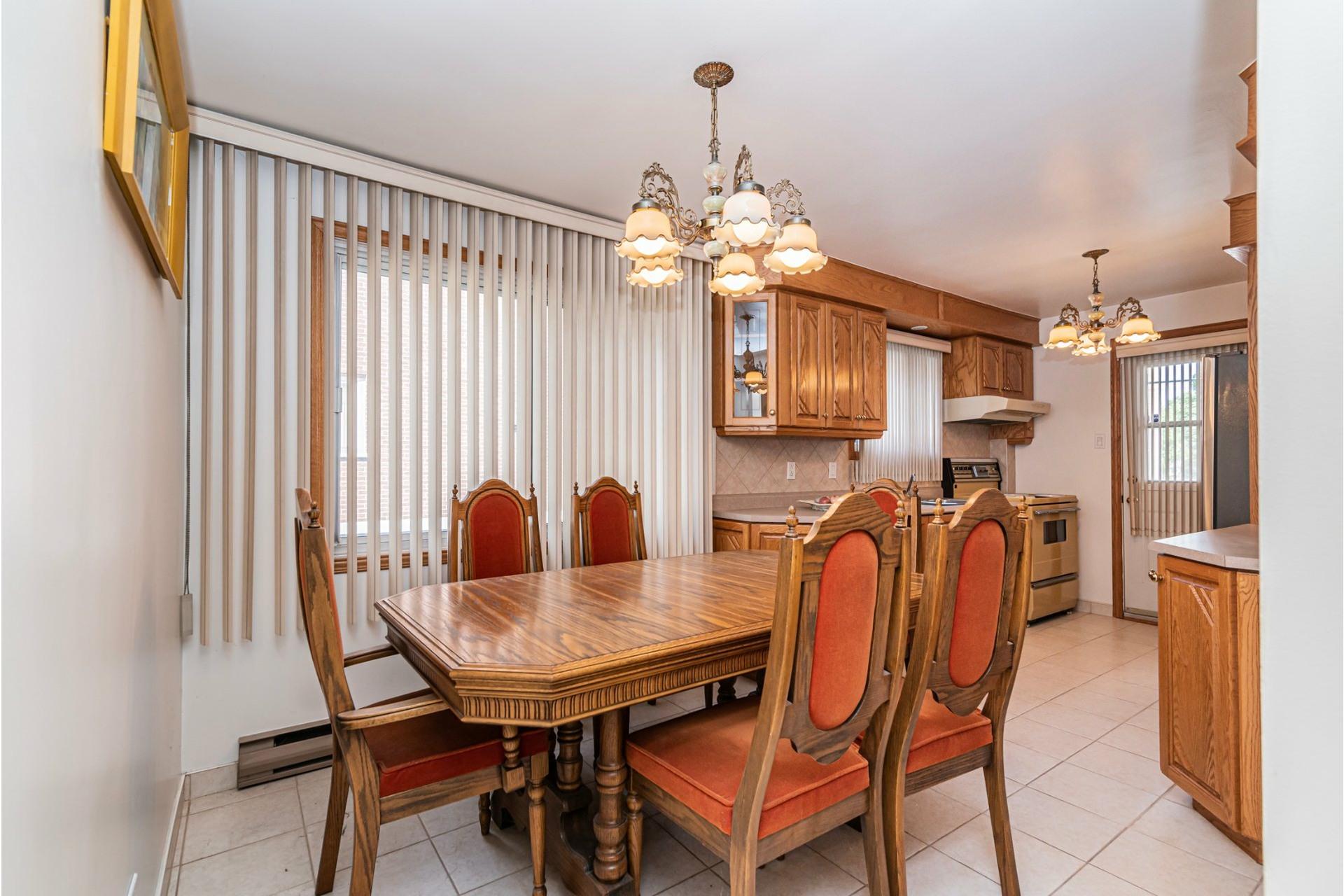 image 9 - Duplex For sale Saint-Léonard Montréal  - 9 rooms