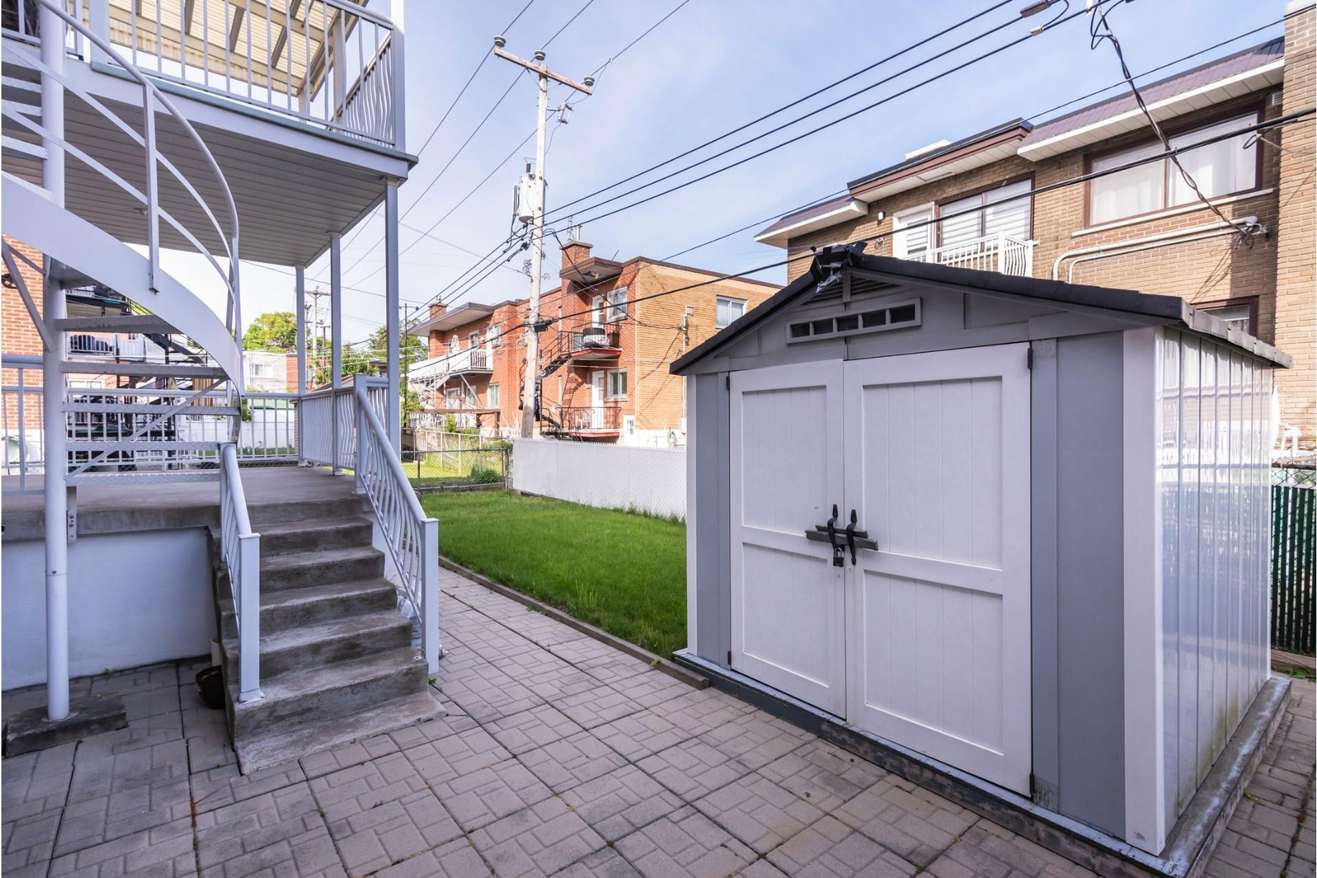 image 45 - Duplex For sale Saint-Léonard Montréal  - 9 rooms