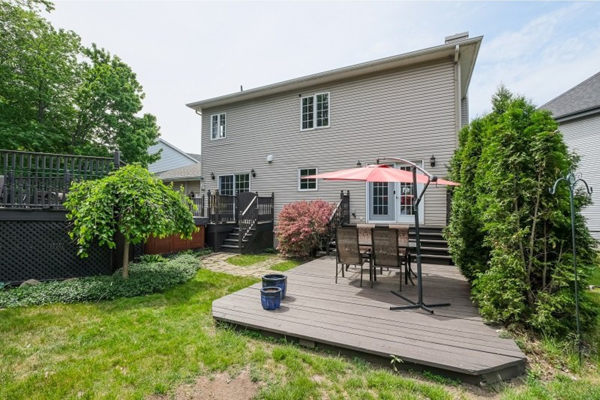 image 1 - House For sale Chambly - 13 rooms