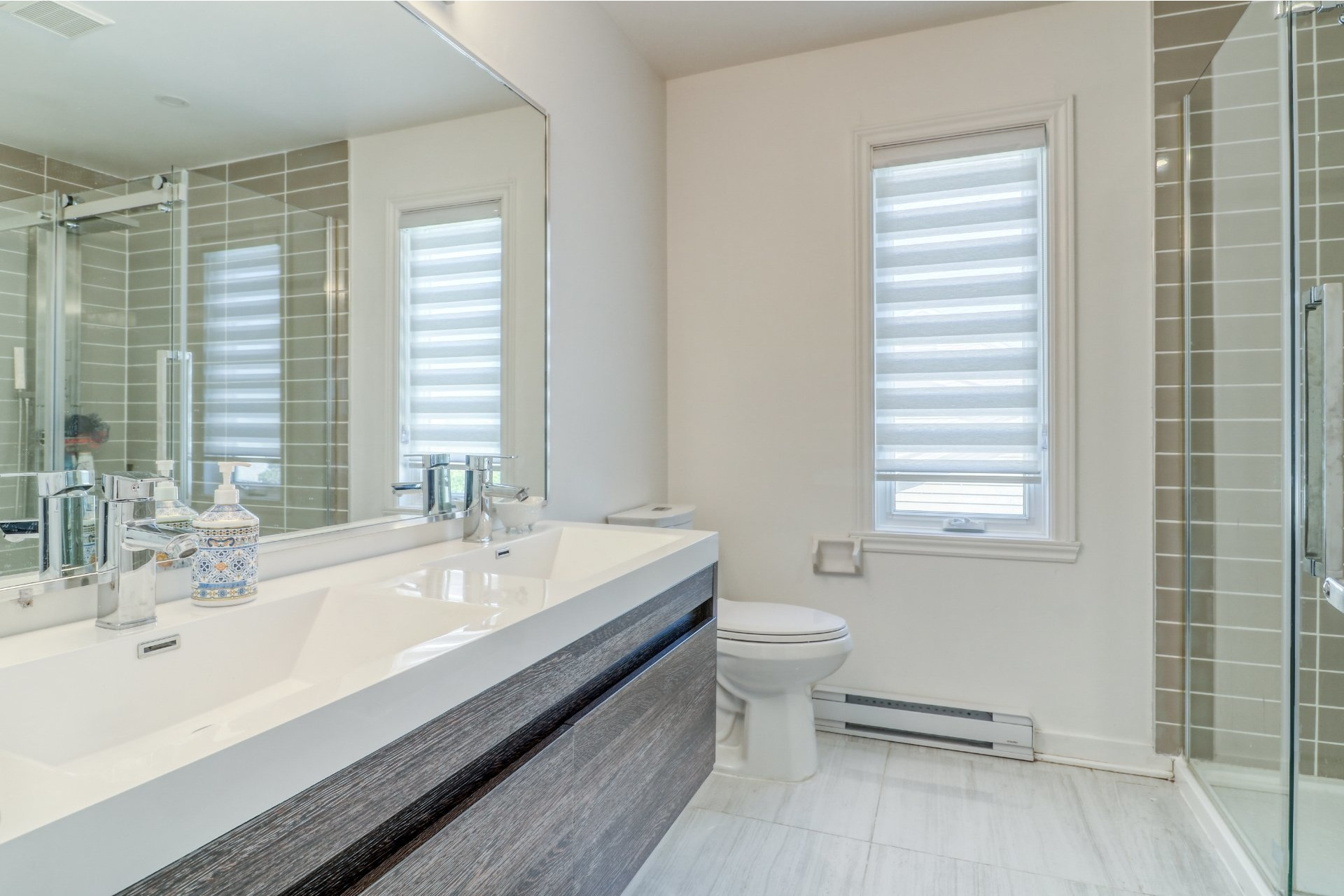 image 21 - House For sale Chomedey Laval  - 14 rooms