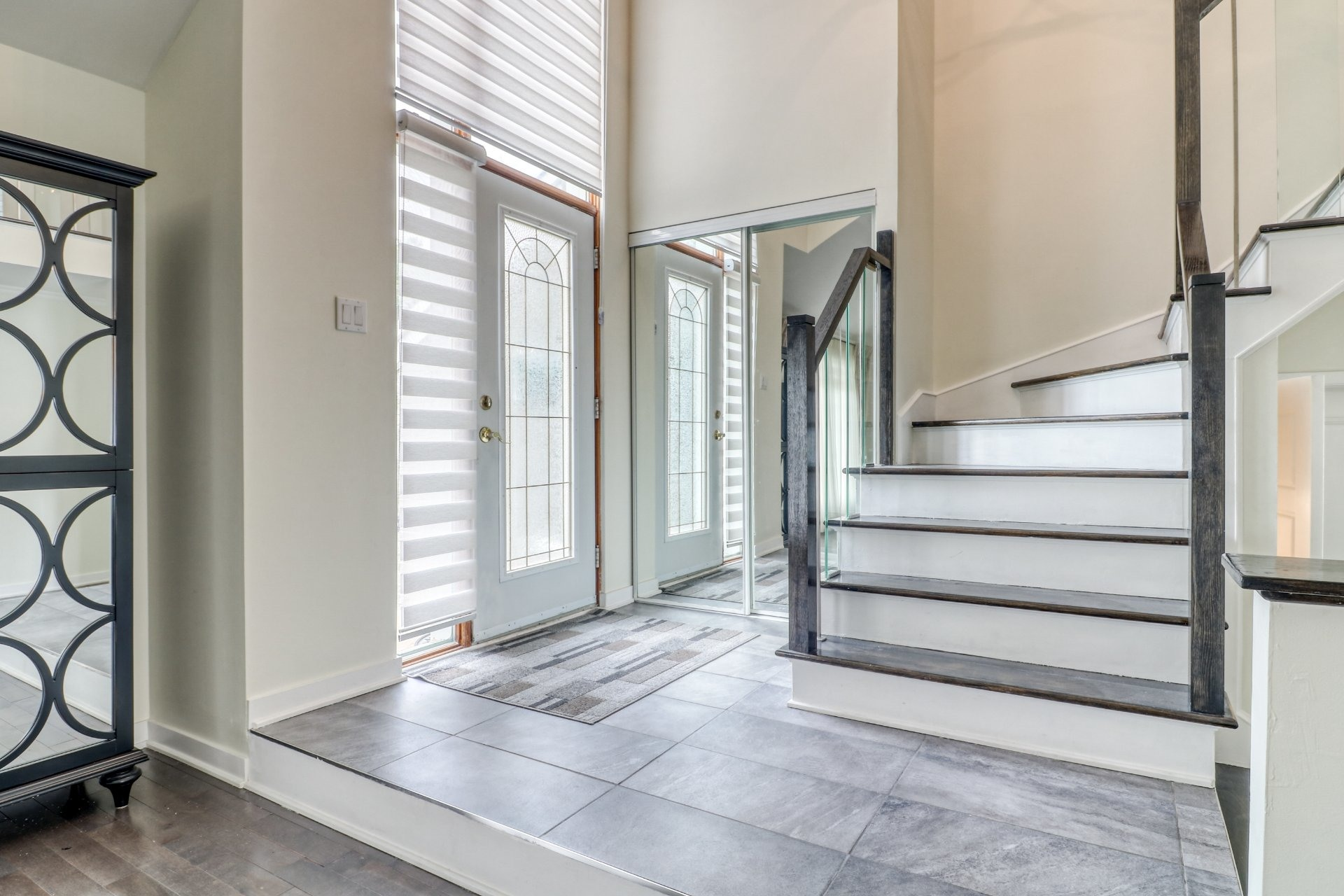 image 1 - House For sale Chomedey Laval  - 14 rooms