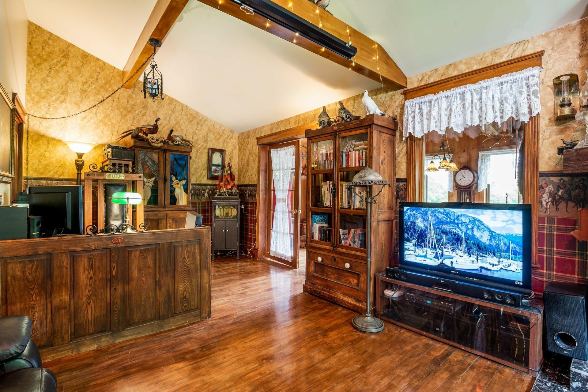 image 26 - Maison À vendre Lac-Beauport - 12 pièces
