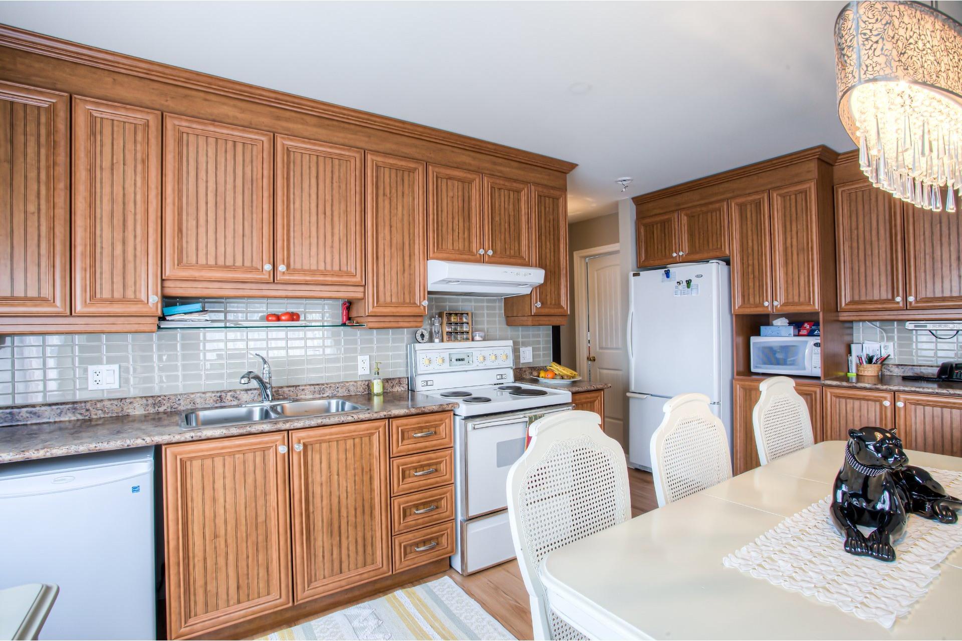 image 9 - Apartment For sale Pointe-des-Cascades - 6 rooms