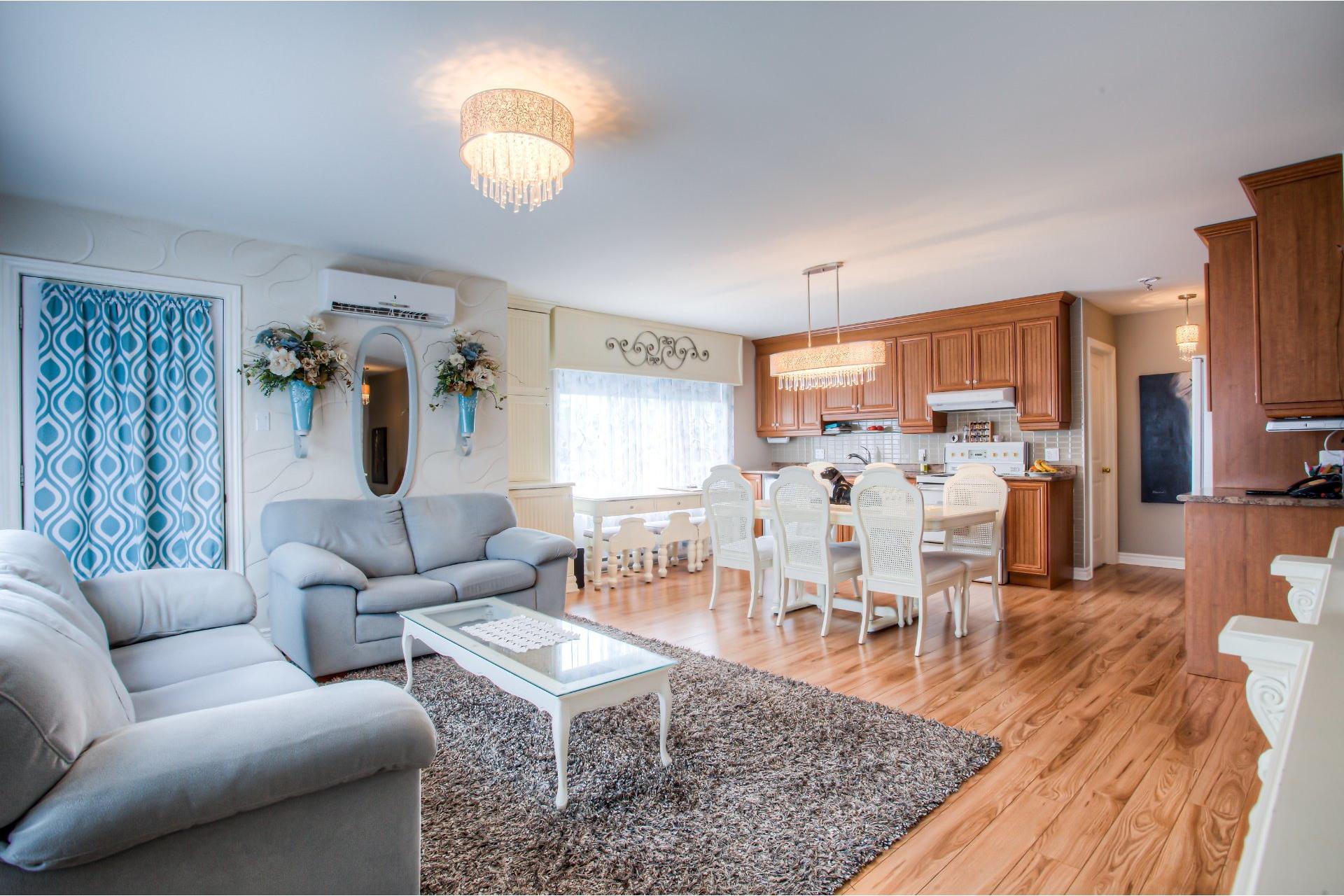image 2 - Apartment For sale Pointe-des-Cascades - 6 rooms