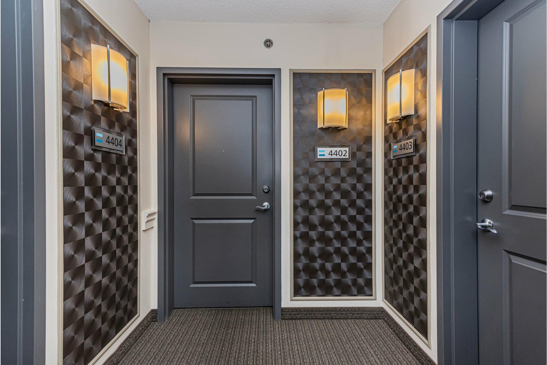 image 2 - Apartment For sale Lachine Montréal  - 7 rooms