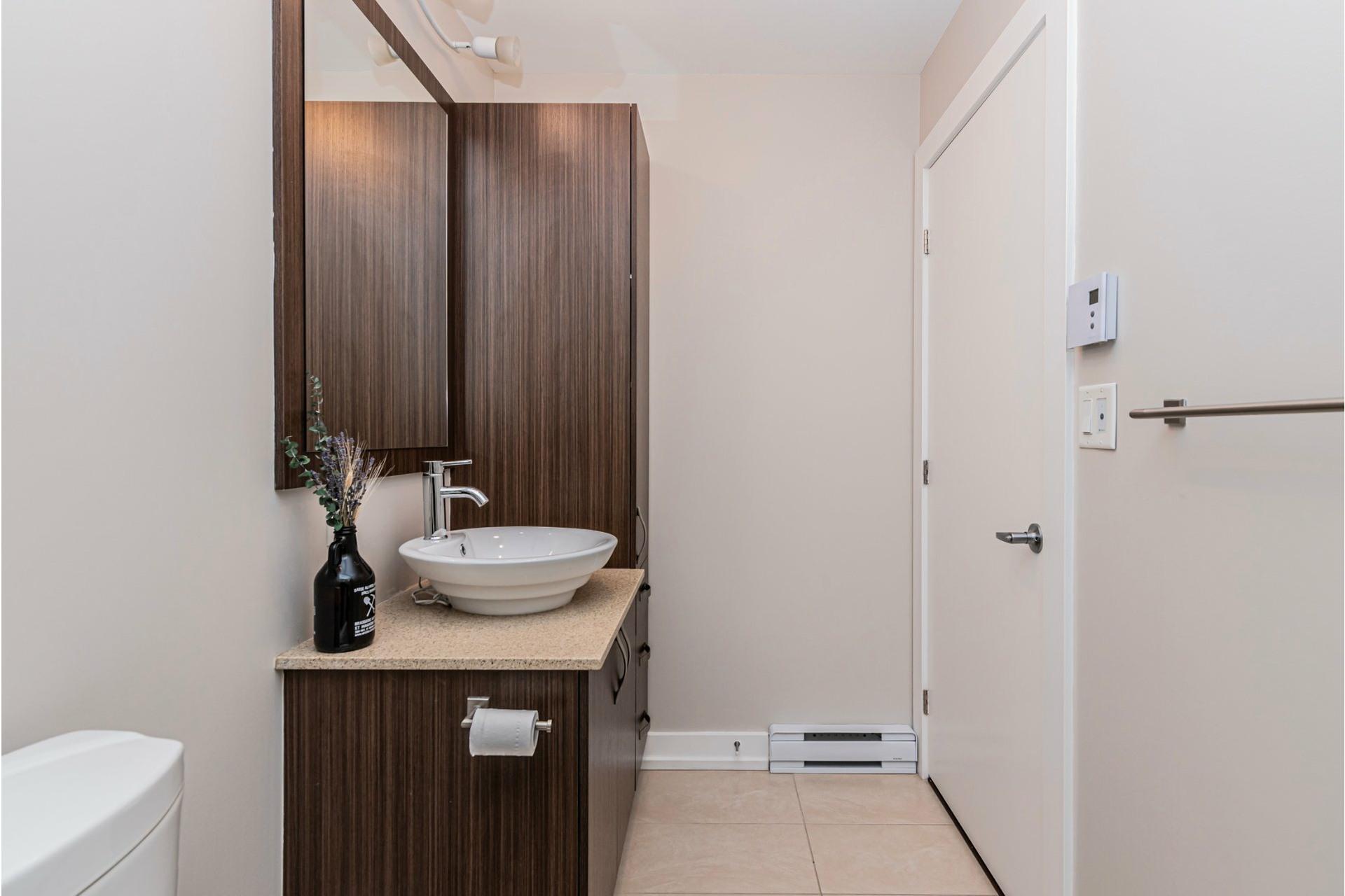 image 20 - Appartement À vendre Lachine Montréal  - 9 pièces